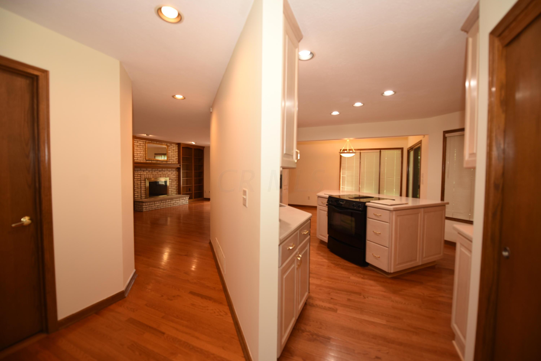 6397 Oisin Court, Dublin, Ohio 43016, 4 Bedrooms Bedrooms, ,4 BathroomsBathrooms,Residential,For Sale,Oisin,220020426