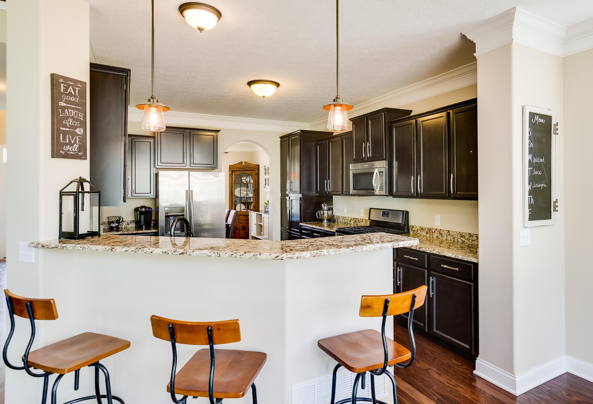 6206 Baumeister Drive, Hilliard, Ohio 43026, 4 Bedrooms Bedrooms, ,3 BathroomsBathrooms,Residential,For Sale,Baumeister,220020672