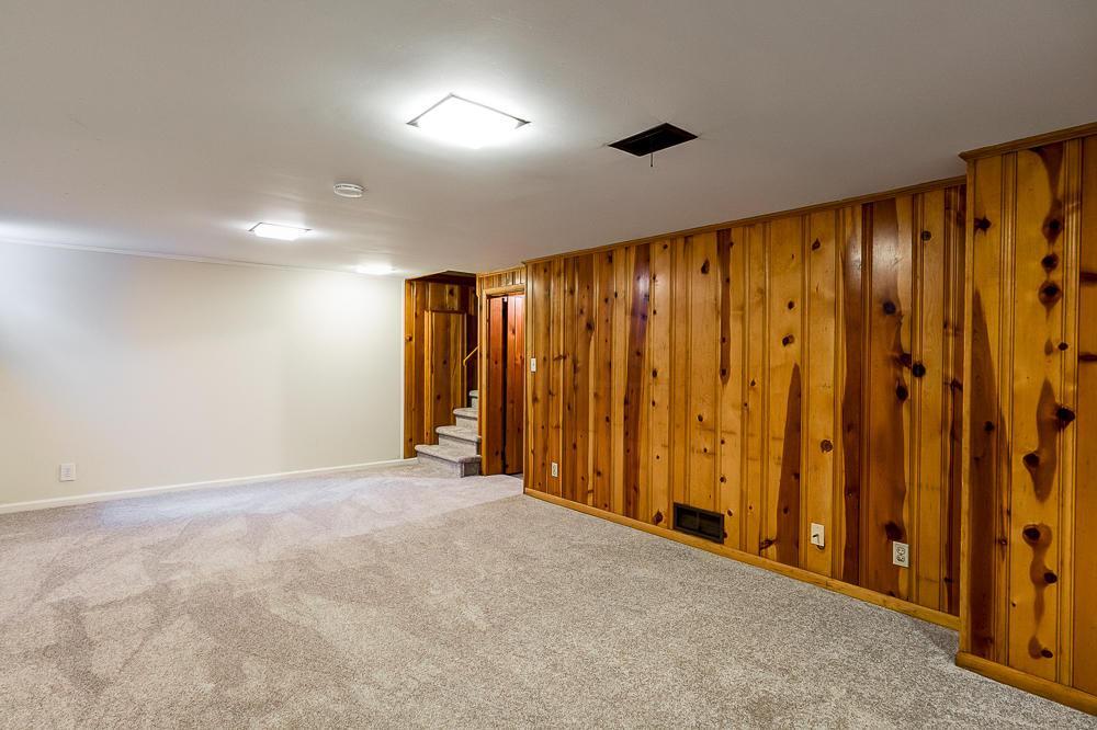 3164 Leeds Road, Upper Arlington, Ohio 43221, 3 Bedrooms Bedrooms, ,2 BathroomsBathrooms,Residential,For Sale,Leeds,220020558