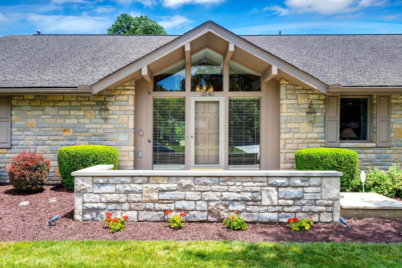3840 Lyon Drive, Columbus, Ohio 43220, 4 Bedrooms Bedrooms, ,5 BathroomsBathrooms,Residential,For Sale,Lyon,220020632