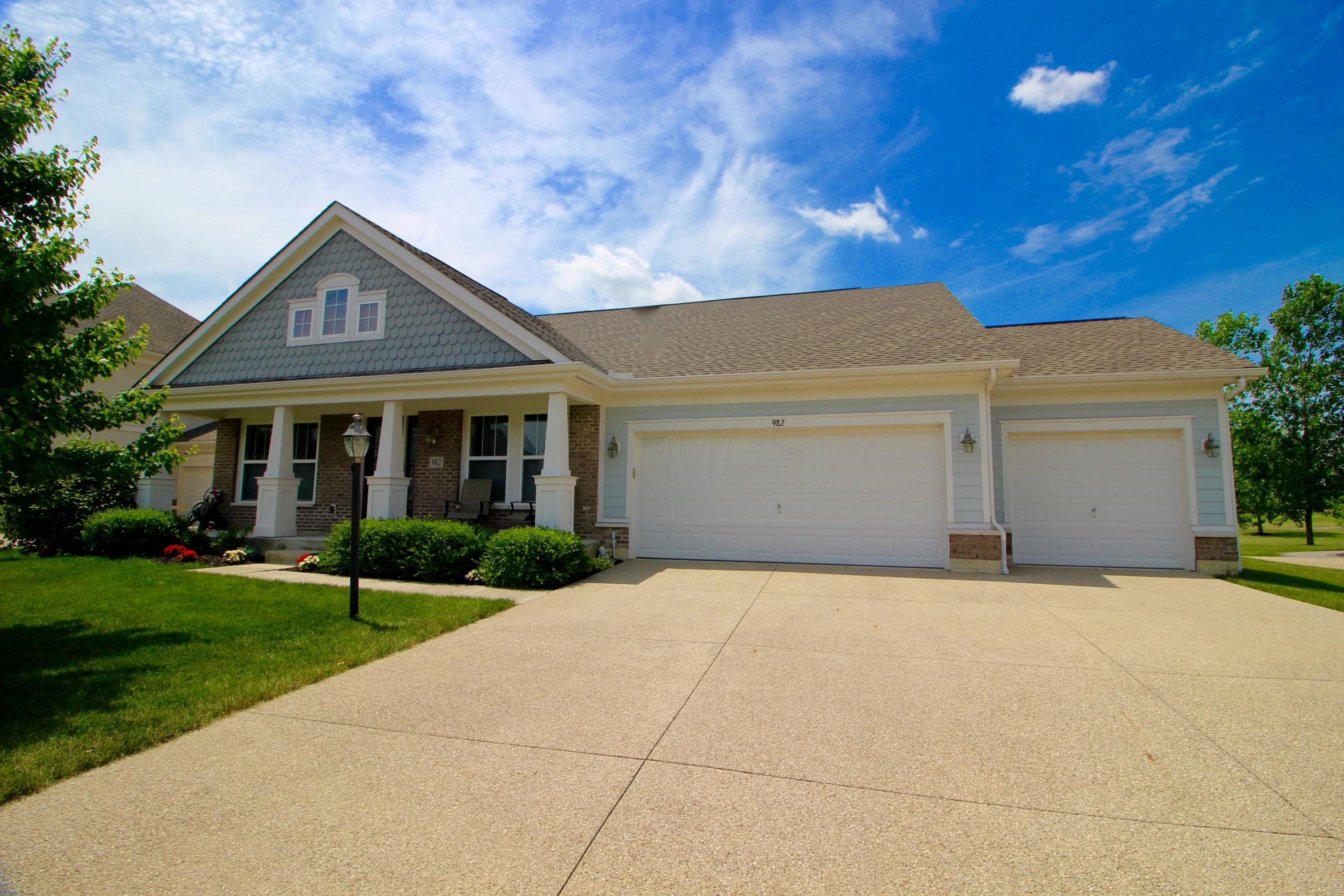 982 Ballater Drive, Delaware, Ohio 43015, 3 Bedrooms Bedrooms, ,3 BathroomsBathrooms,Residential,For Sale,Ballater,220020527