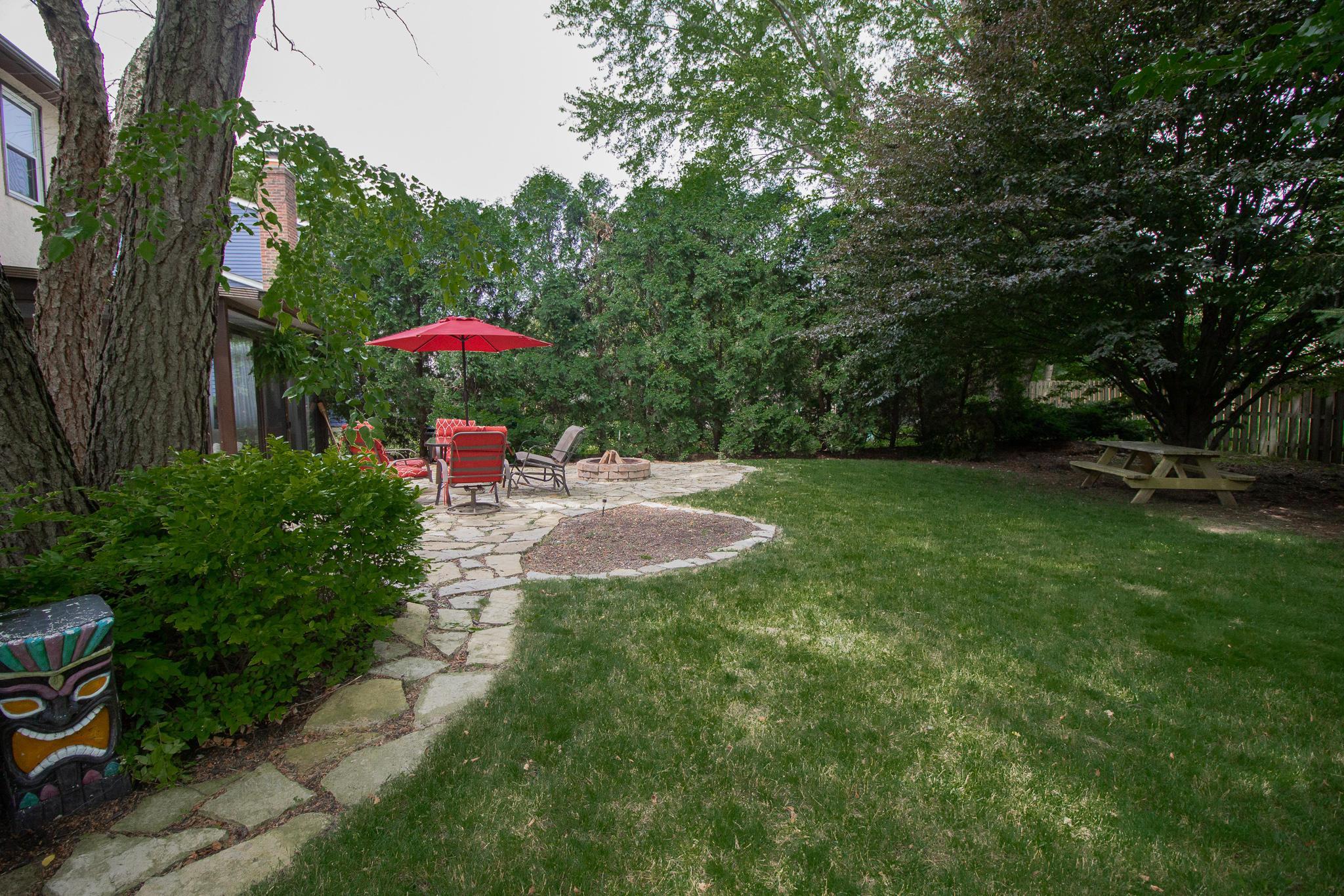 2082 Sawbury Boulevard, Columbus, Ohio 43235, 3 Bedrooms Bedrooms, ,3 BathroomsBathrooms,Residential,For Sale,Sawbury,220020706