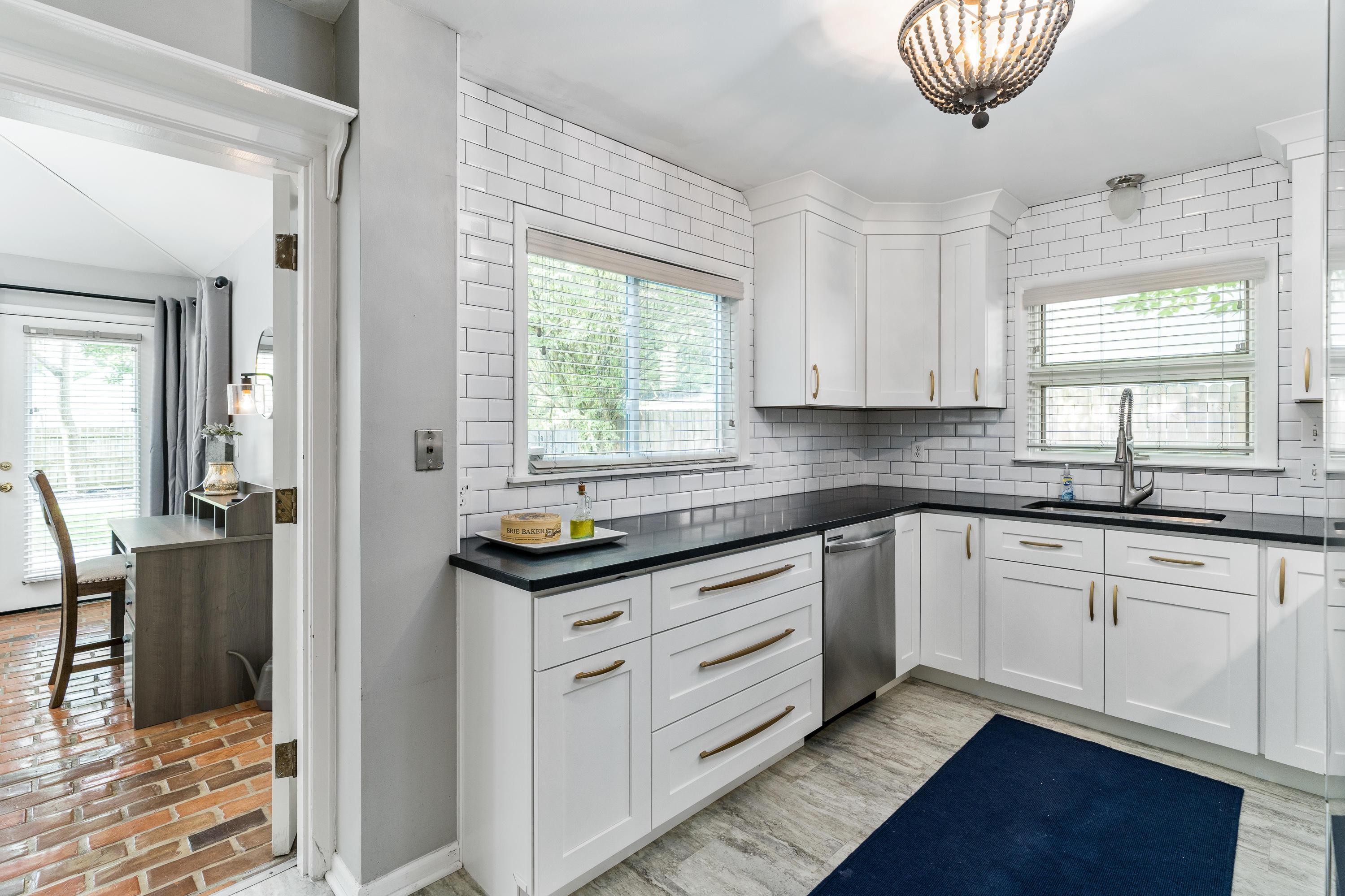 1935 Lane Avenue, Columbus, Ohio 43221, 2 Bedrooms Bedrooms, ,2 BathroomsBathrooms,Residential,For Sale,Lane,220020691