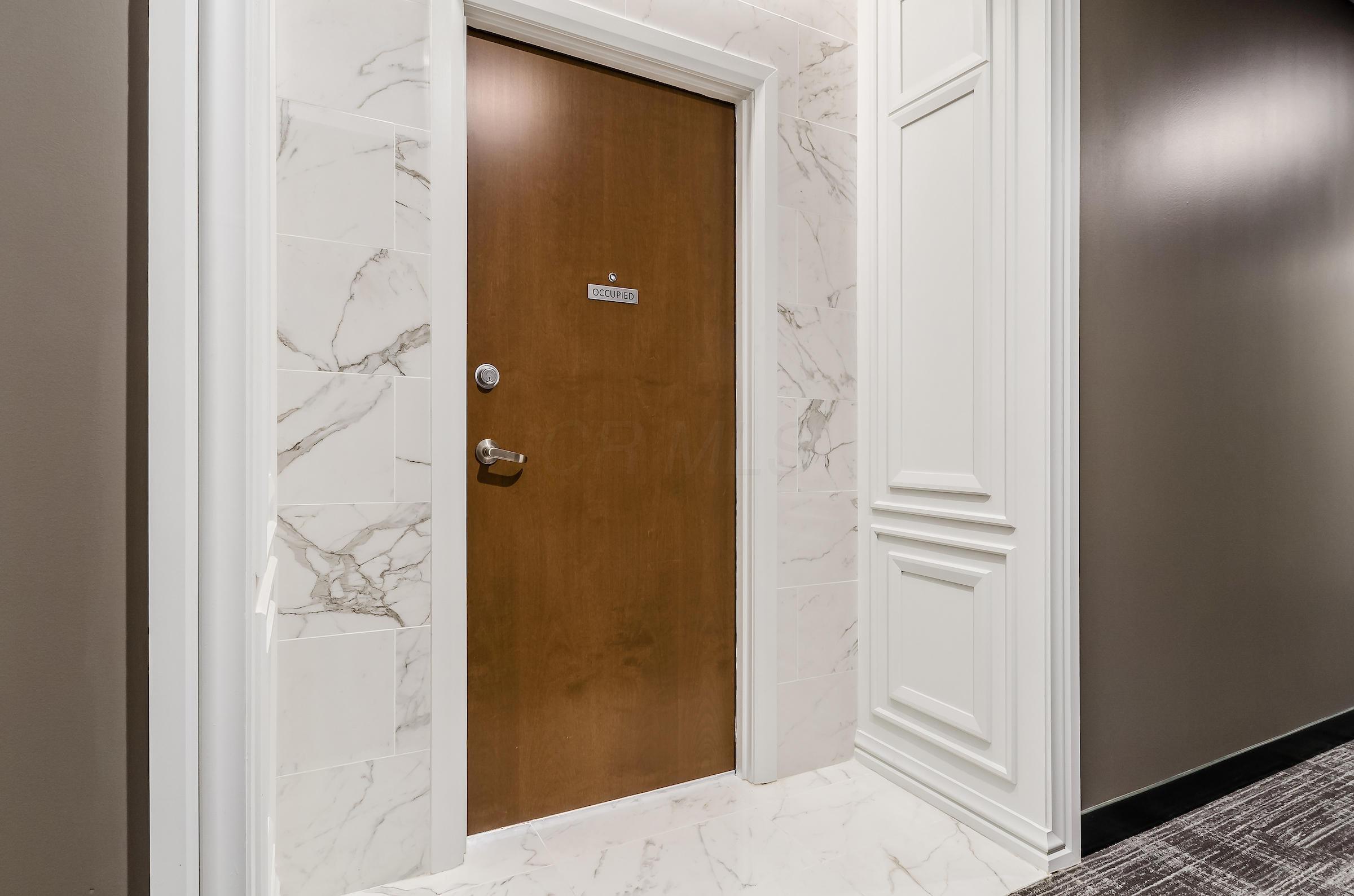 250 Spring Street, Columbus, Ohio 43215, 2 Bedrooms Bedrooms, ,3 BathroomsBathrooms,Residential,For Sale,Spring,220020998