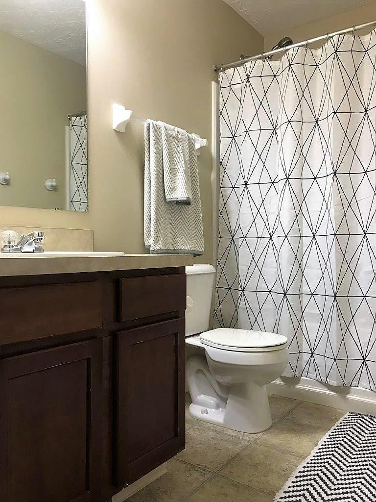 215 Winter Hill Place, Powell, Ohio 43065, 4 Bedrooms Bedrooms, ,3 BathroomsBathrooms,Residential,For Sale,Winter Hill,220020882