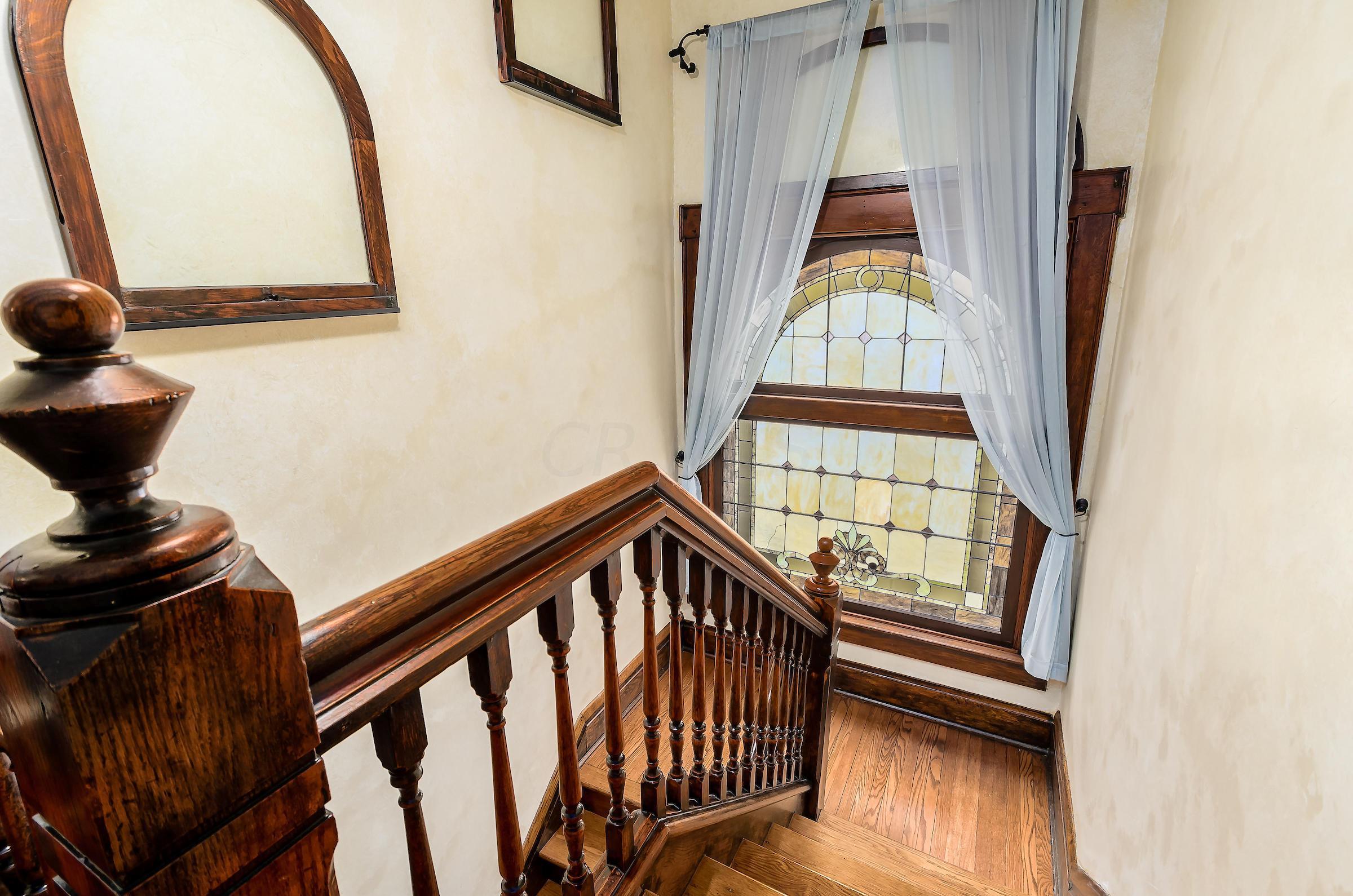 129 King Avenue, Columbus, Ohio 43201, 5 Bedrooms Bedrooms, ,4 BathroomsBathrooms,Residential,For Sale,King,220020984