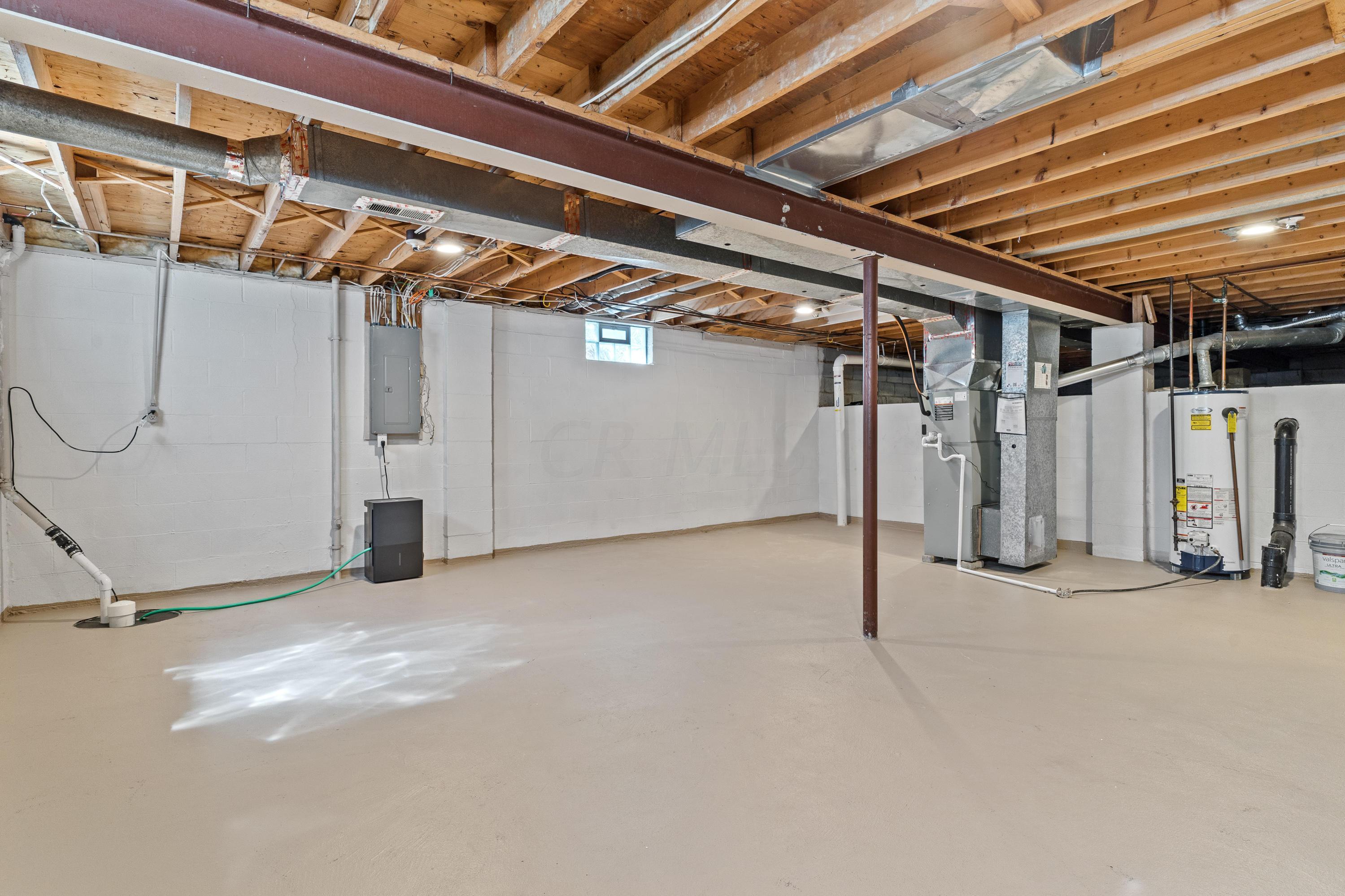 1429 Donwalter Lane, Columbus, Ohio 43235, 3 Bedrooms Bedrooms, ,2 BathroomsBathrooms,Residential,For Sale,Donwalter,220020960