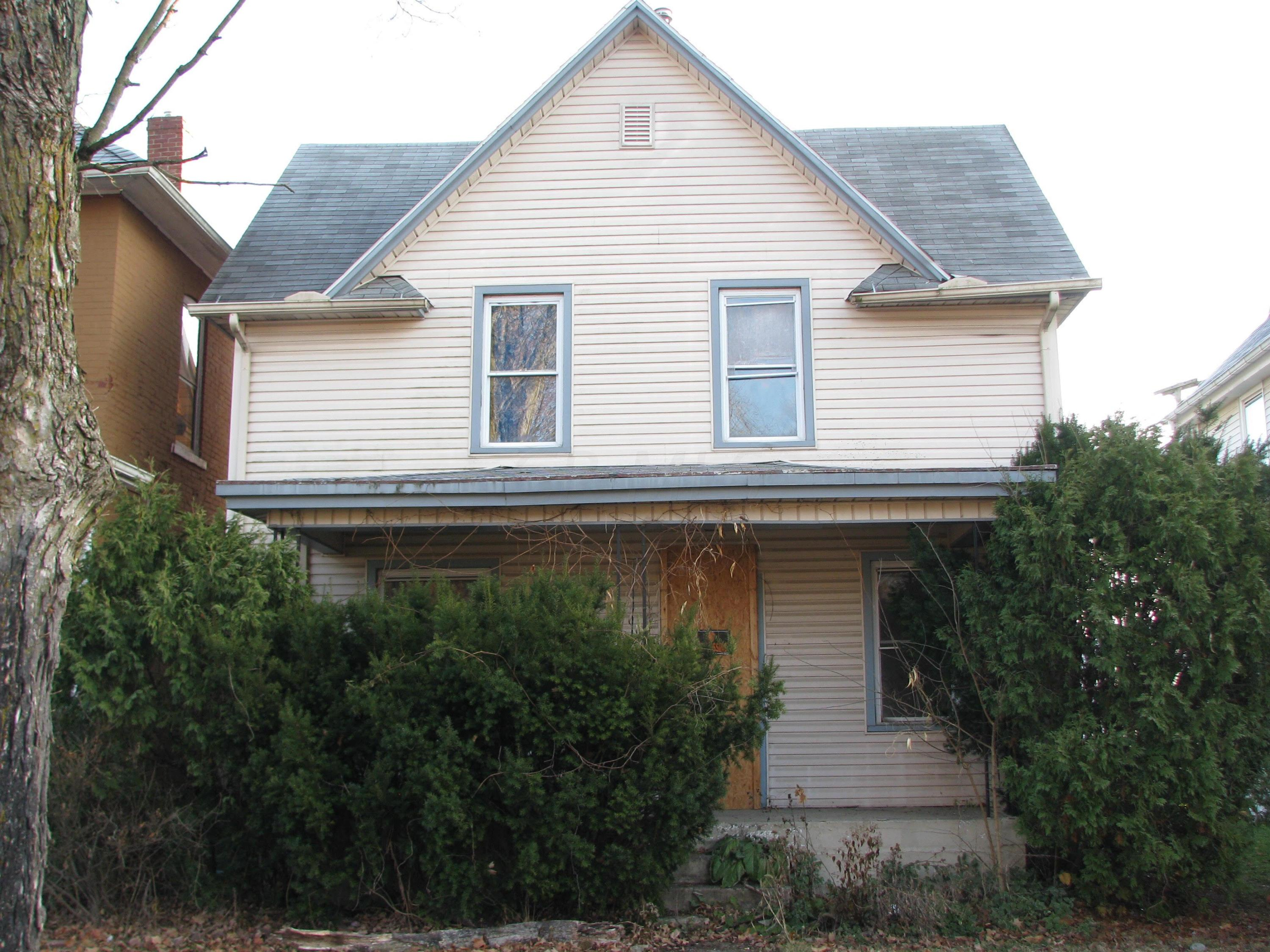 592 Hudson Avenue, Newark, Ohio 43055, 3 Bedrooms Bedrooms, ,1 BathroomBathrooms,Residential,For Sale,Hudson,220020995