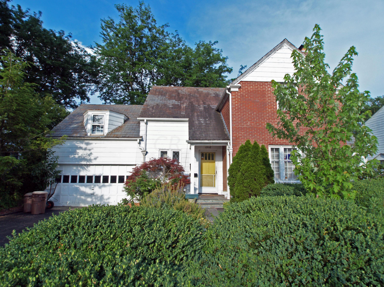 1956 Andover Road, Upper Arlington, Ohio 43212, 3 Bedrooms Bedrooms, ,3 BathroomsBathrooms,Residential,For Sale,Andover,220021088