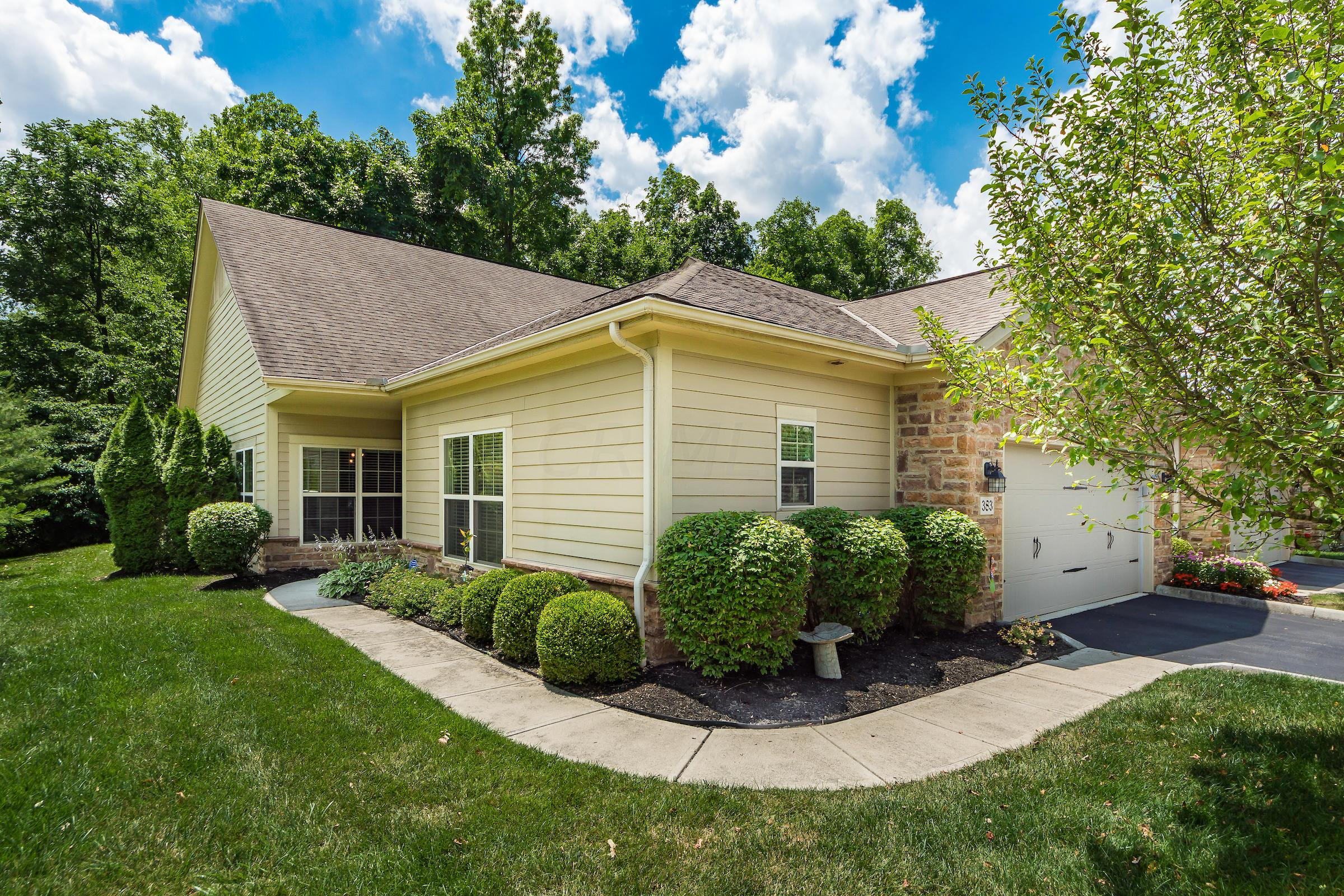 383 Slate Crossing Drive, Delaware, Ohio 43015, 2 Bedrooms Bedrooms, ,3 BathroomsBathrooms,Residential,For Sale,Slate Crossing,220021195
