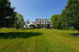 13335 Airport Road, Mount Vernon, OH 43050