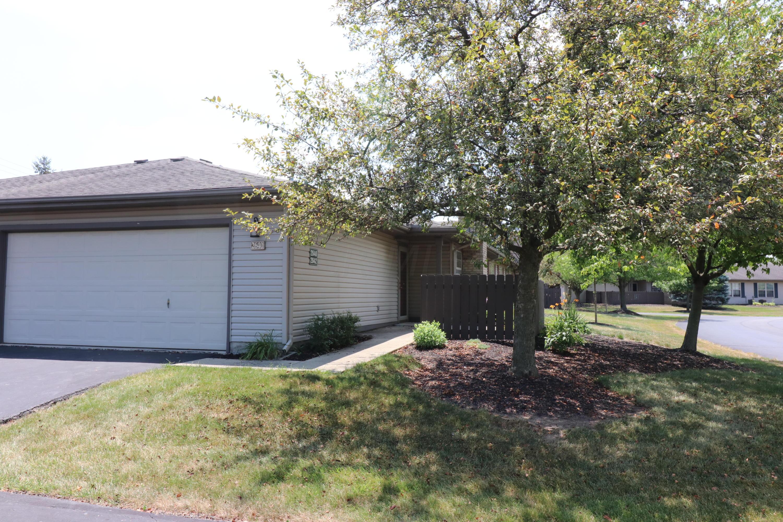 2640 Rolling Oaks Boulevard, Hilliard, Ohio 43026, 2 Bedrooms Bedrooms, ,2 BathroomsBathrooms,Residential,For Sale,Rolling Oaks,220022531