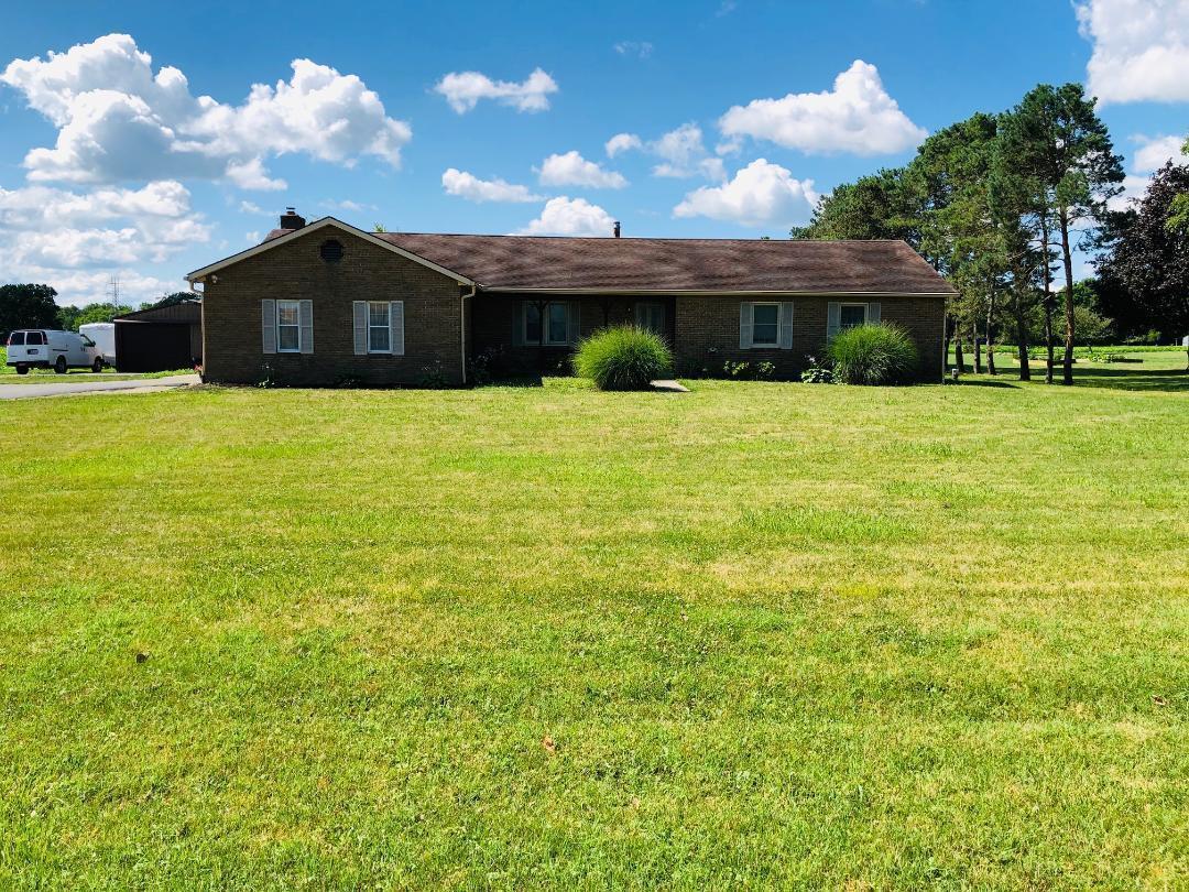 1699 Zuber Road, Grove City, Ohio 43123, 3 Bedrooms Bedrooms, ,2 BathroomsBathrooms,Residential,For Sale,Zuber,220022787