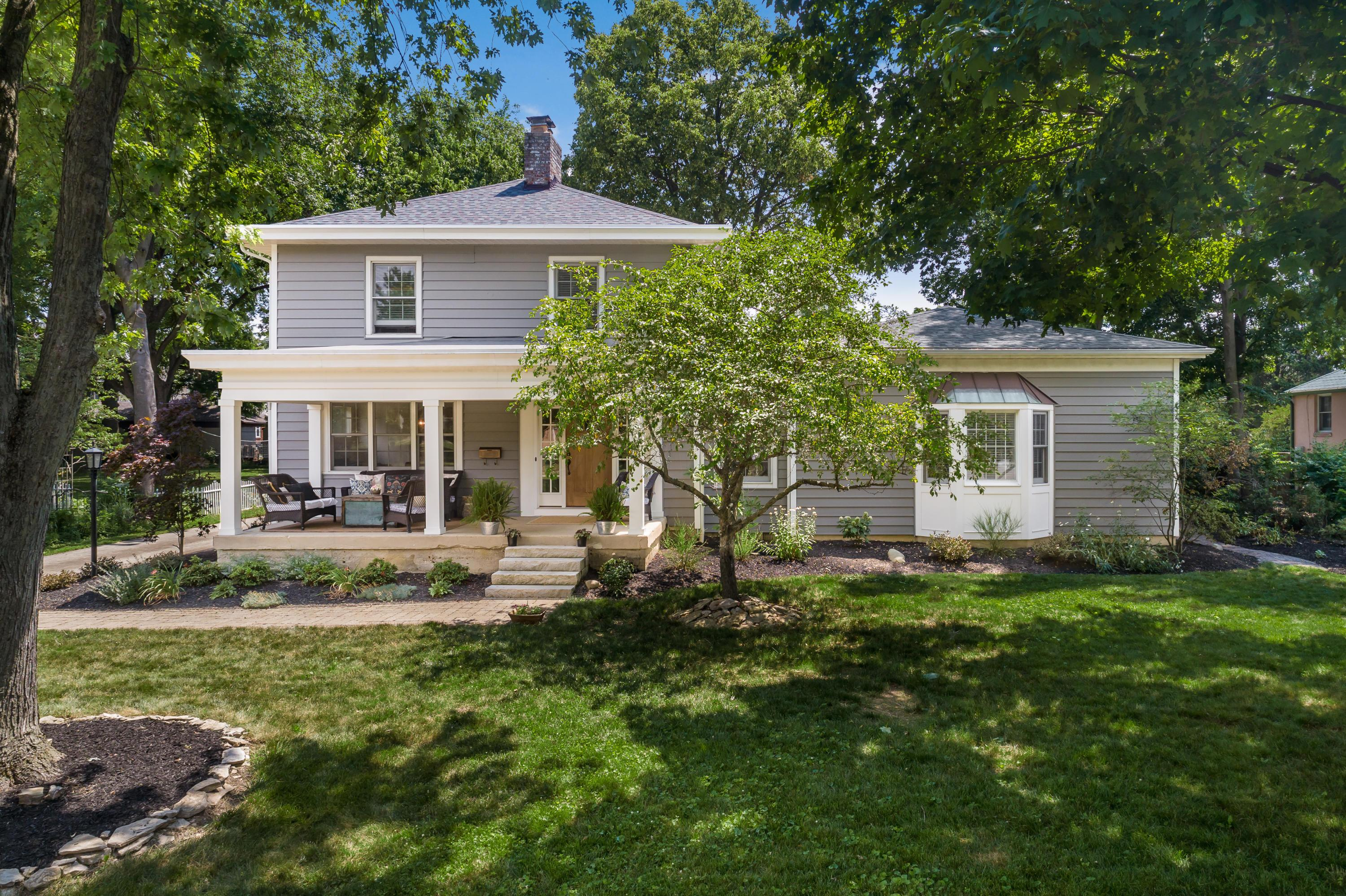 Property for sale at 1582 Cambridge Boulevard, Columbus,  Ohio 43212