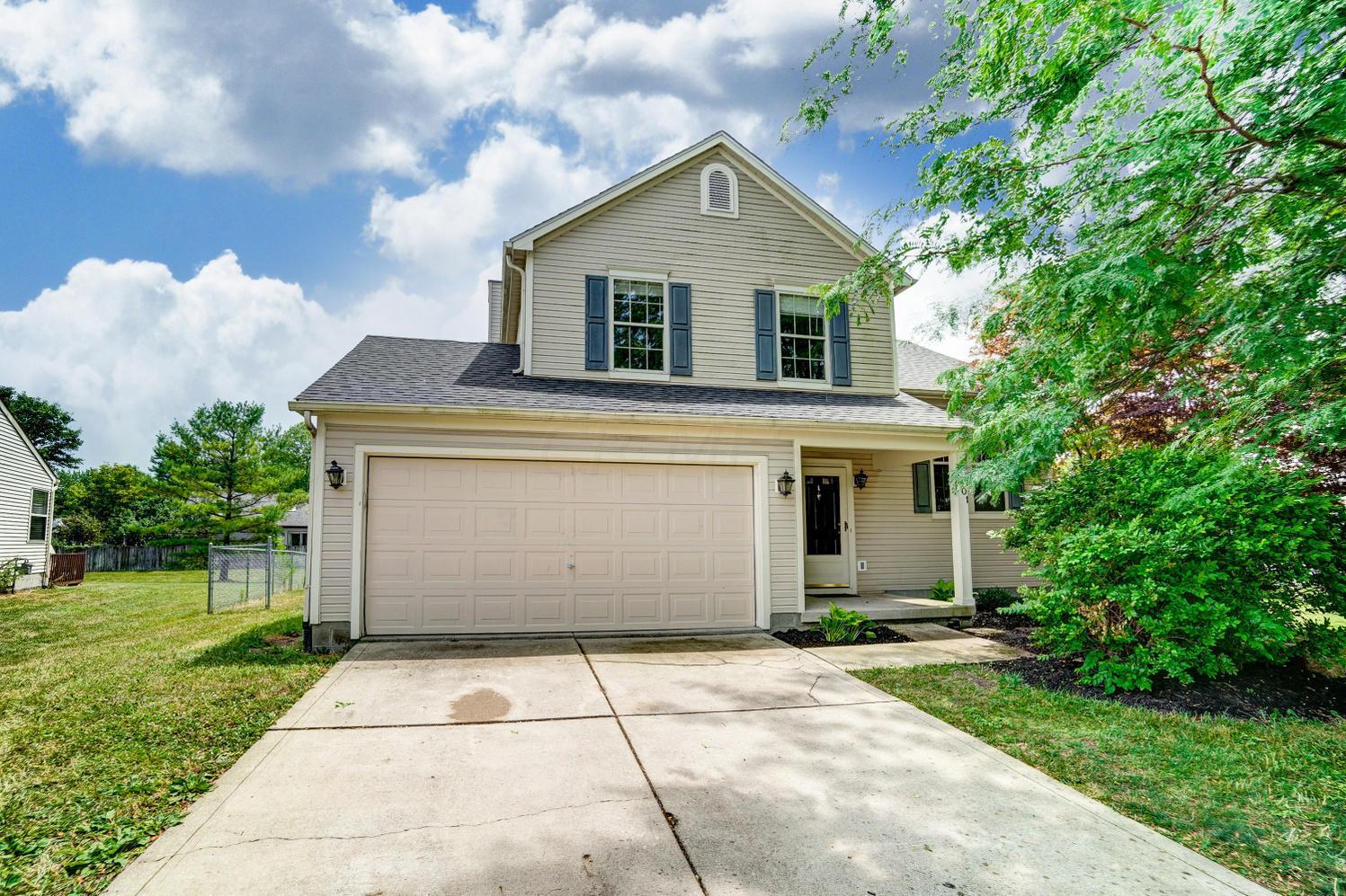 6301 Riverstone Drive, Columbus, Ohio 43228, 3 Bedrooms Bedrooms, ,3 BathroomsBathrooms,Residential,For Sale,Riverstone,220023100