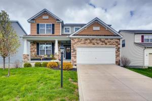 375 W Twin Maple Avenue, Lithopolis, OH 43136