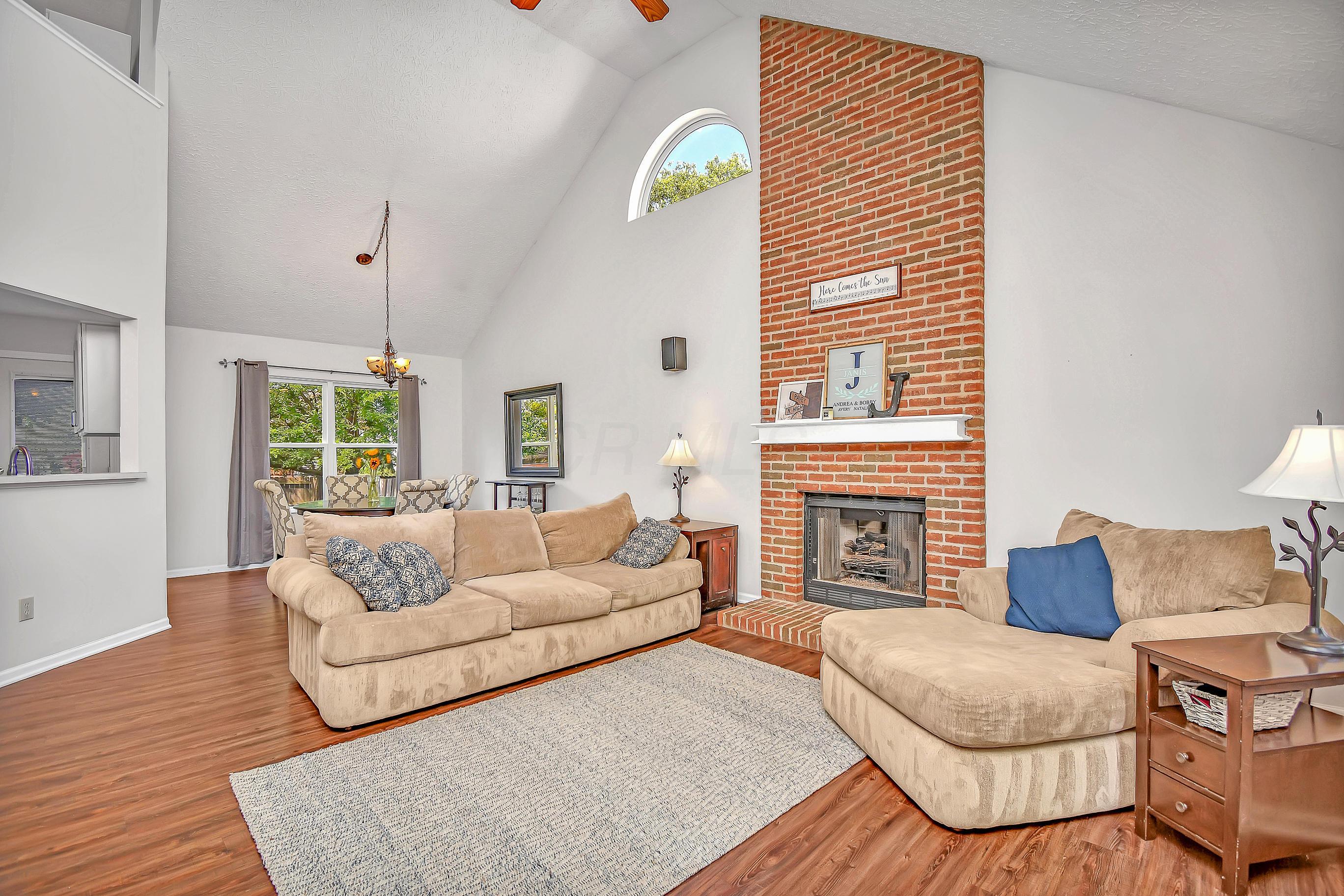 5058 Gilwood Drive, Hilliard, Ohio 43026, 3 Bedrooms Bedrooms, ,4 BathroomsBathrooms,Residential,For Sale,Gilwood,220023288