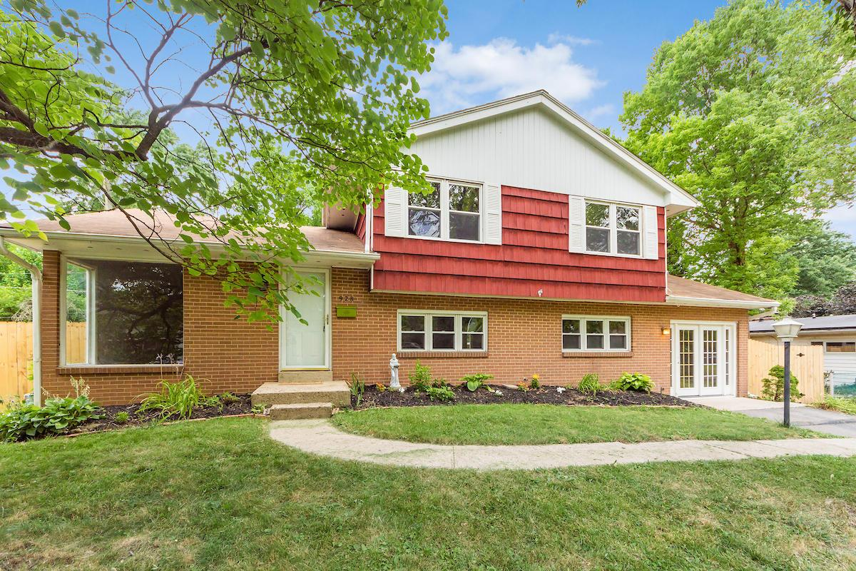 Photo of 928 Caniff Place, Columbus, OH 43221