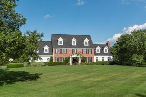 8005 Wingate Place, Delaware, OH 43015