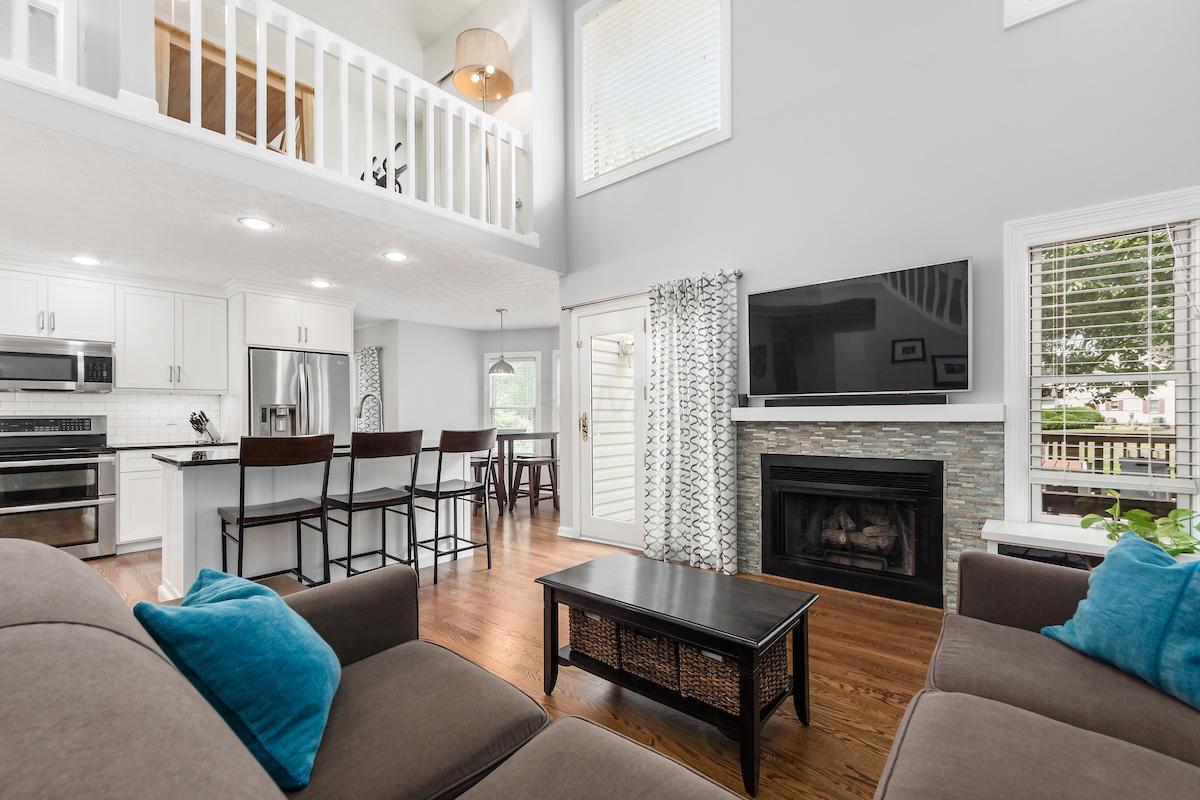 7313 Mapleleaf Boulevard, Columbus, Ohio 43235, 3 Bedrooms Bedrooms, ,3 BathroomsBathrooms,Residential,For Sale,Mapleleaf,220024423