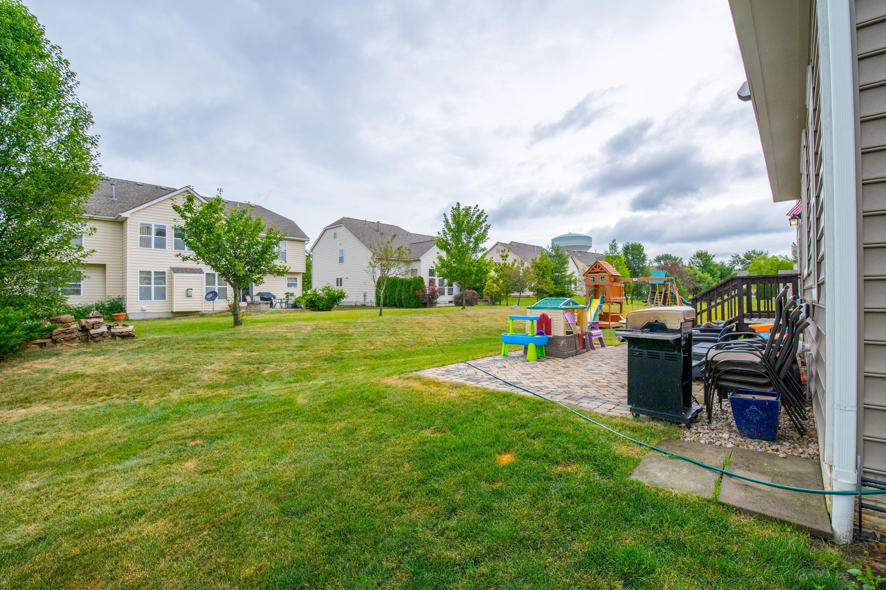 4212 Clifton Court, Dublin, Ohio 43016, 4 Bedrooms Bedrooms, ,4 BathroomsBathrooms,Residential,For Sale,Clifton,220024284