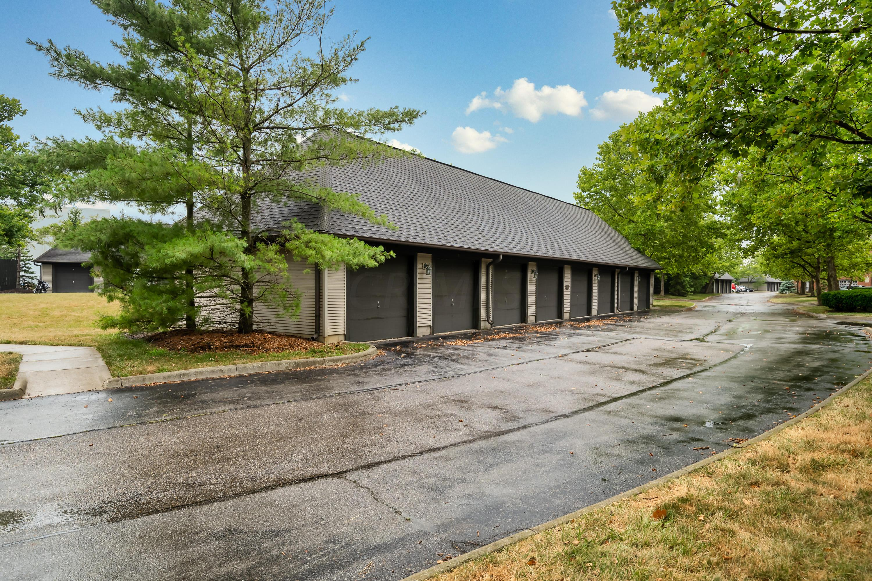 6003 Craughwell Lane, Dublin, Ohio 43017, 2 Bedrooms Bedrooms, ,2 BathroomsBathrooms,Residential,For Sale,Craughwell,220024692