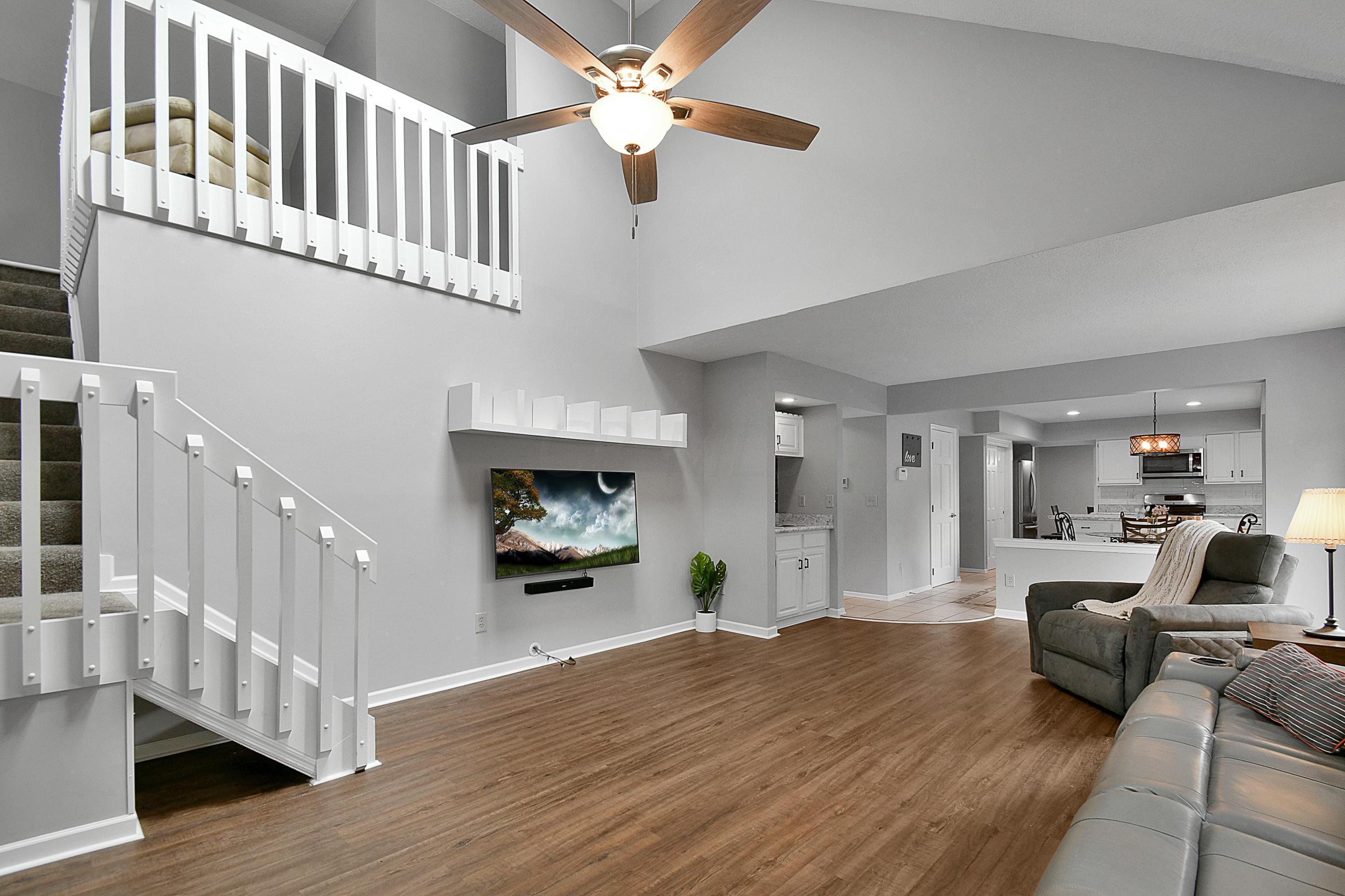355 Ashworth Court, Dublin, Ohio 43017, 4 Bedrooms Bedrooms, ,4 BathroomsBathrooms,Residential,For Sale,Ashworth,220024643