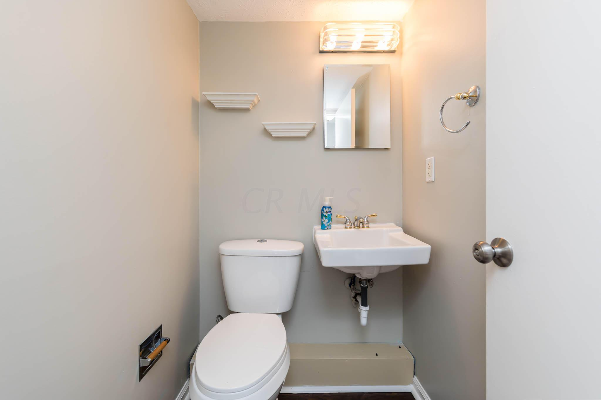 2850 Churchill Drive, Columbus, Ohio 43221, 3 Bedrooms Bedrooms, ,3 BathroomsBathrooms,Residential,For Sale,Churchill,220024696