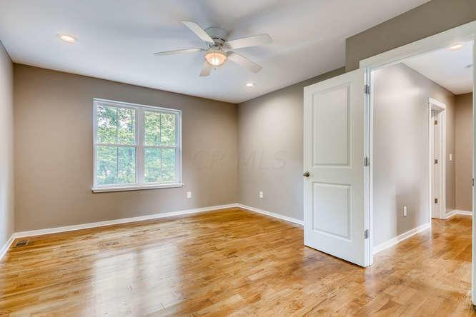 488 Park Overlook Drive, Worthington, Ohio 43085, 5 Bedrooms Bedrooms, ,5 BathroomsBathrooms,Residential,For Sale,Park Overlook,220024729