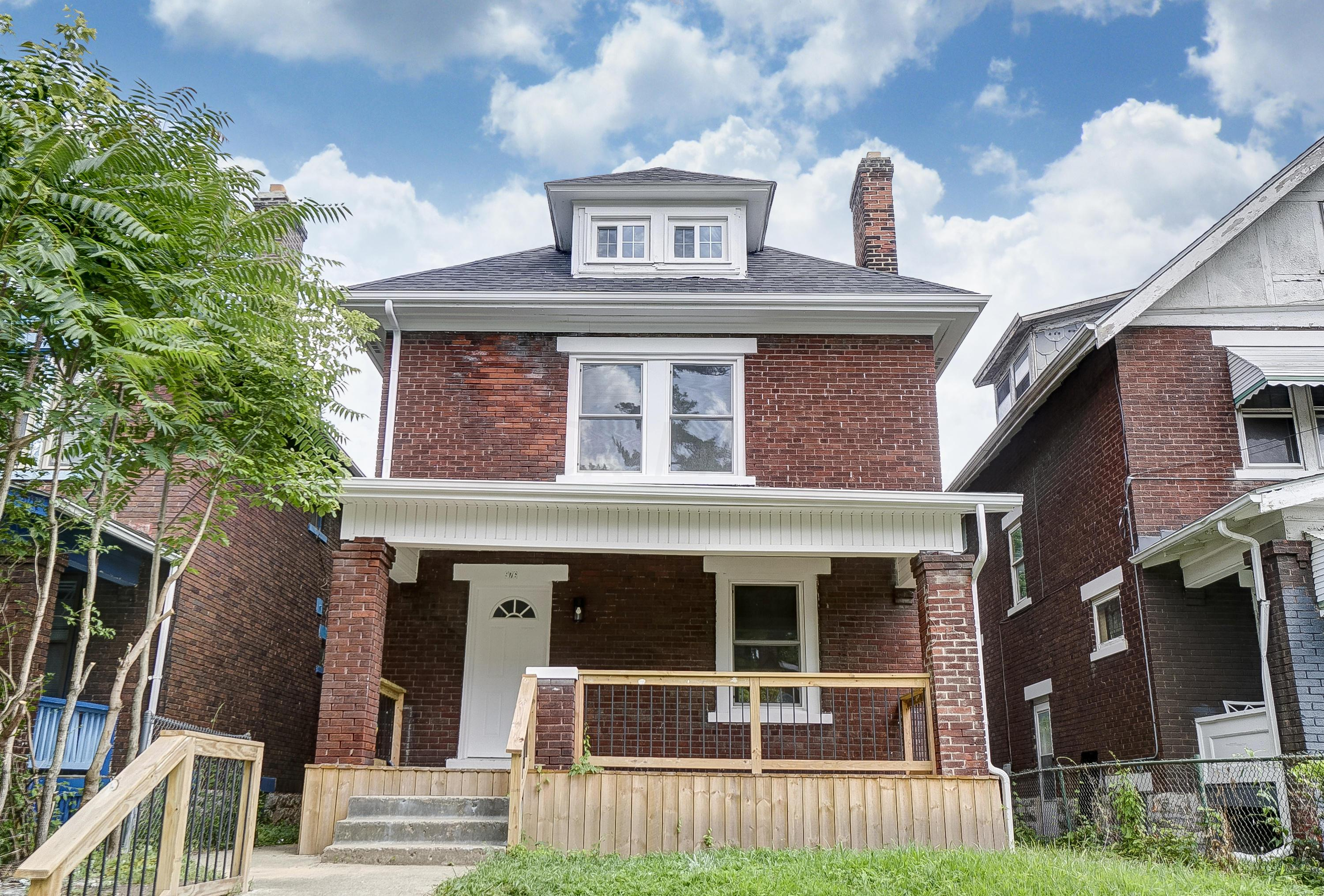 976 22nd Street, Columbus, Ohio 43206, 3 Bedrooms Bedrooms, ,3 BathroomsBathrooms,Residential,For Sale,22nd,220024771