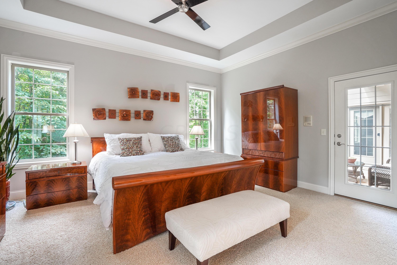8750 Creighton Drive, Powell, Ohio 43065, 5 Bedrooms Bedrooms, ,5 BathroomsBathrooms,Residential,For Sale,Creighton,220025120