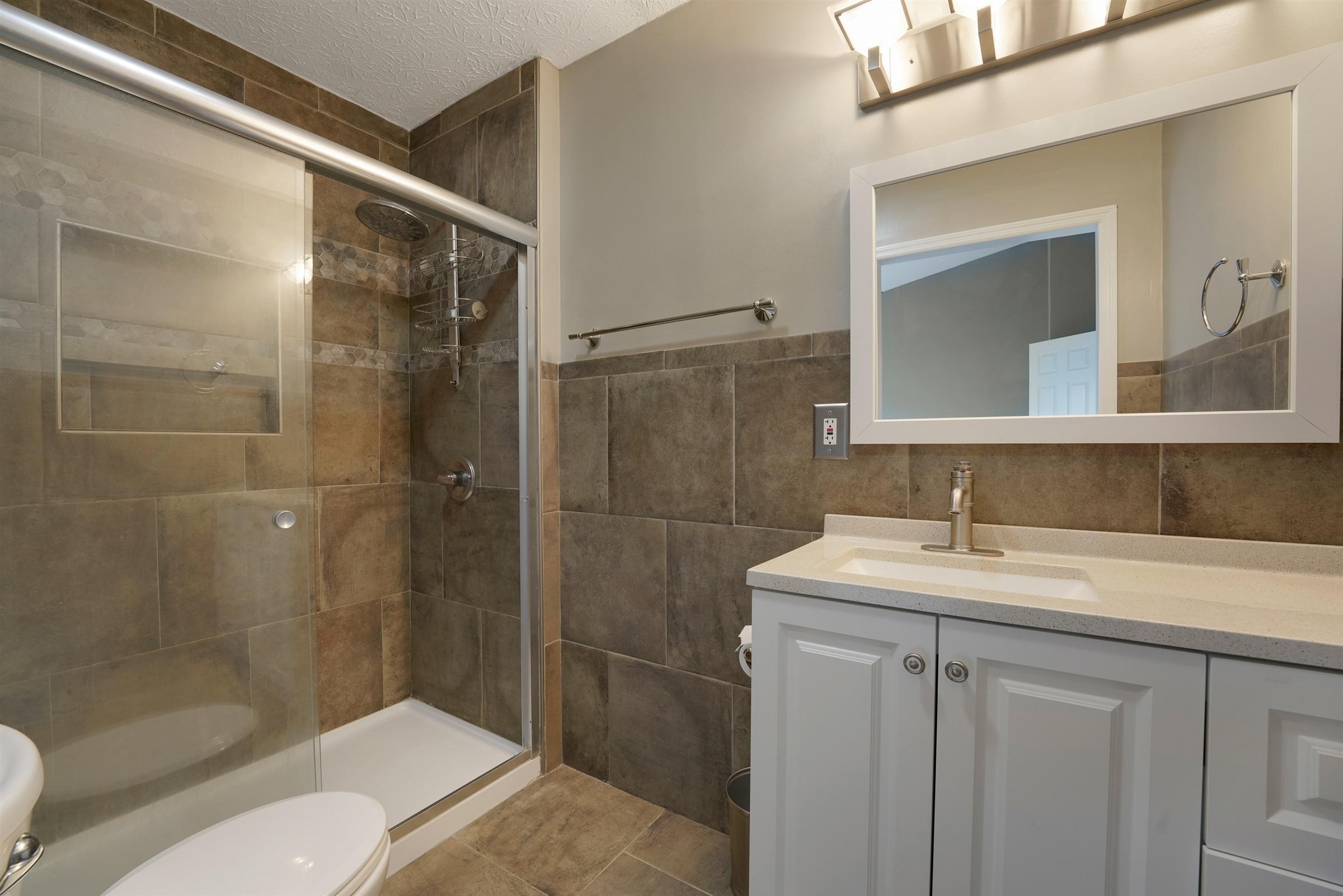 2328 Terrance Drive, Columbus, Ohio 43220, 2 Bedrooms Bedrooms, ,3 BathroomsBathrooms,Residential,For Sale,Terrance,220024901