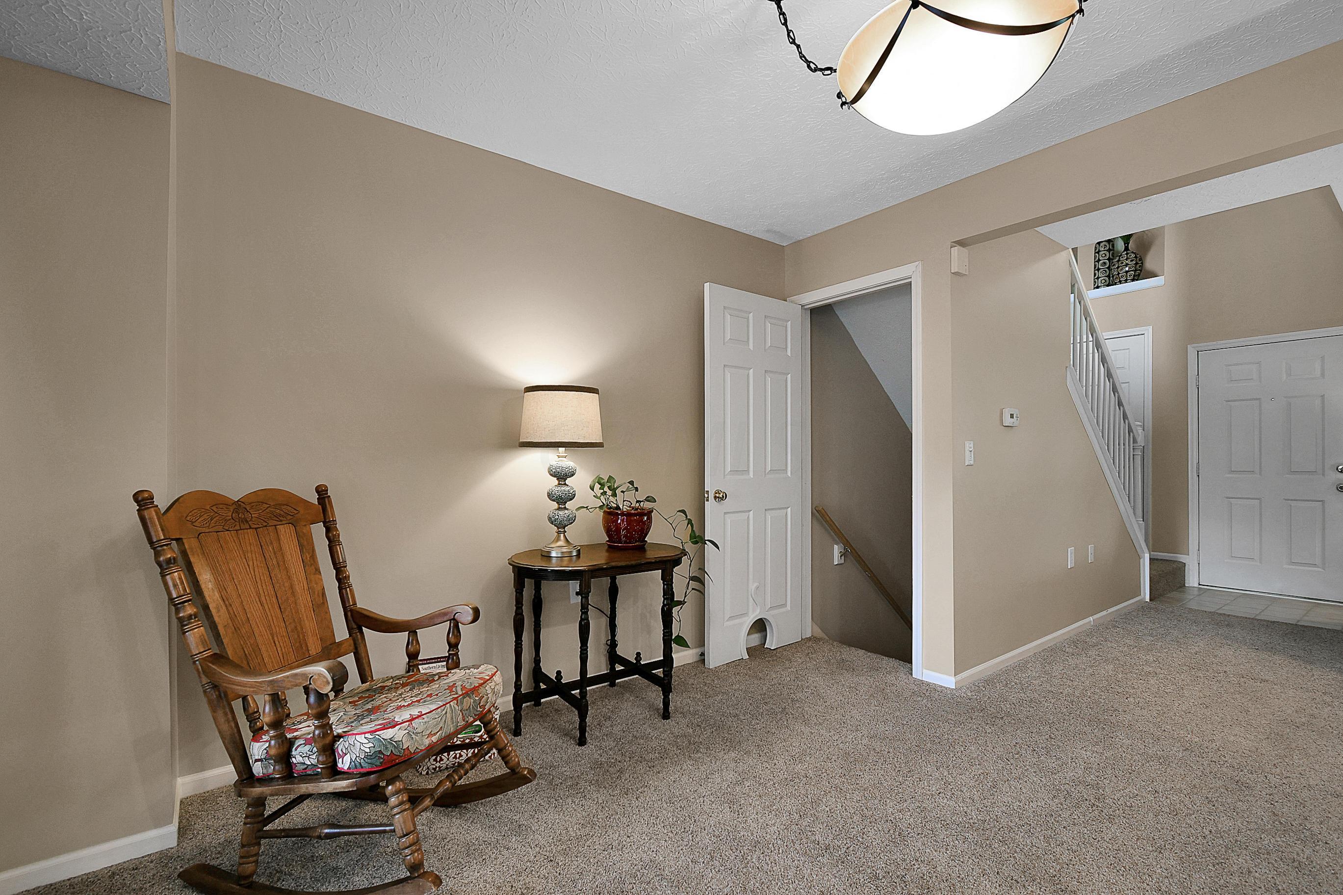 3055 Glenloch Circle, Dublin, Ohio 43017, 2 Bedrooms Bedrooms, ,3 BathroomsBathrooms,Residential,For Sale,Glenloch,220024854