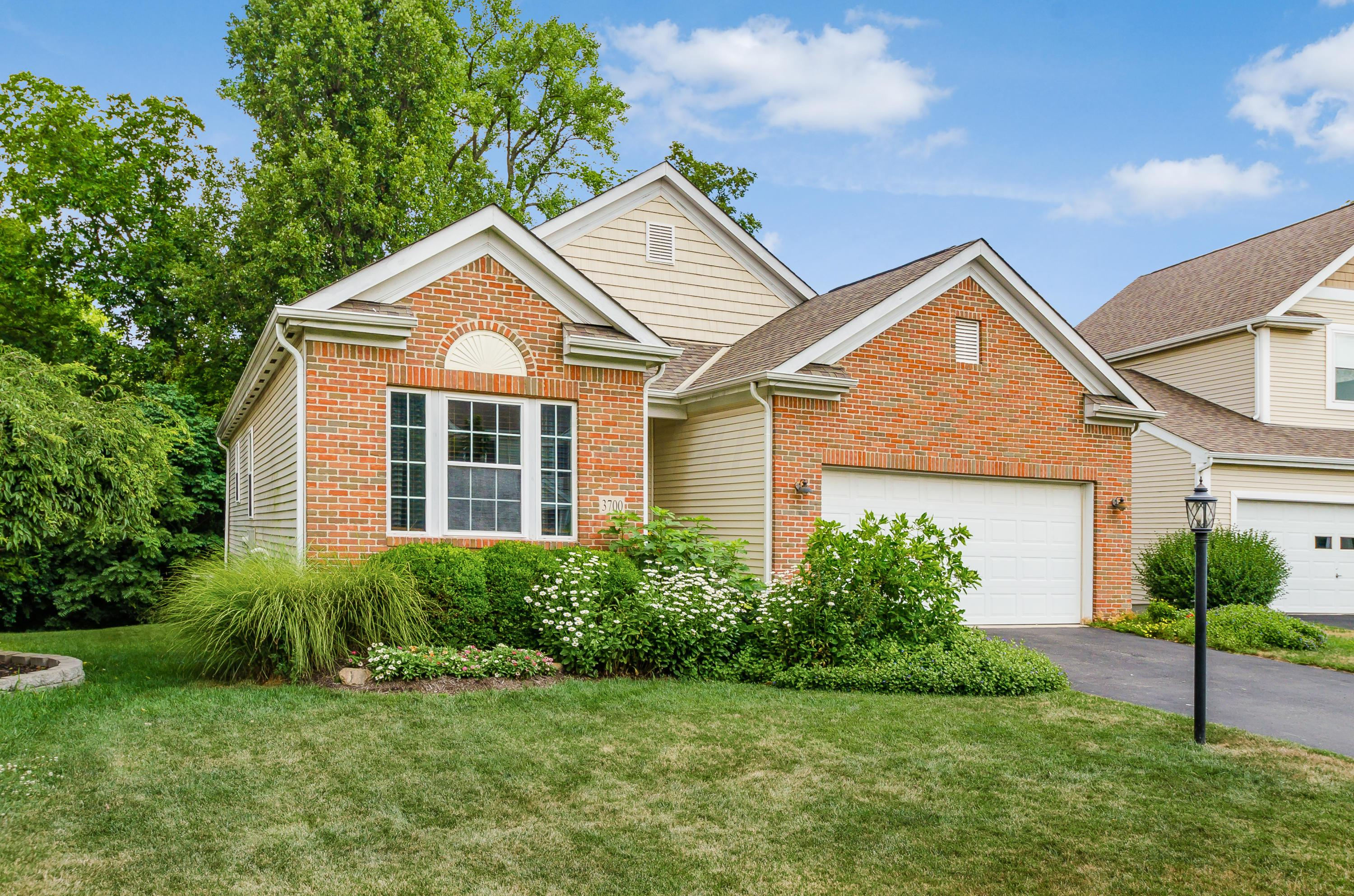 3700 Grimes Drive, Columbus, Ohio 43204, 4 Bedrooms Bedrooms, ,3 BathroomsBathrooms,Residential,For Sale,Grimes,220024961