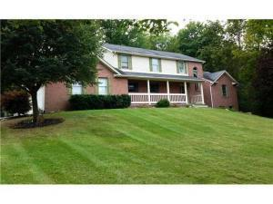 1717 Blue Jay Road, Heath, OH 43056