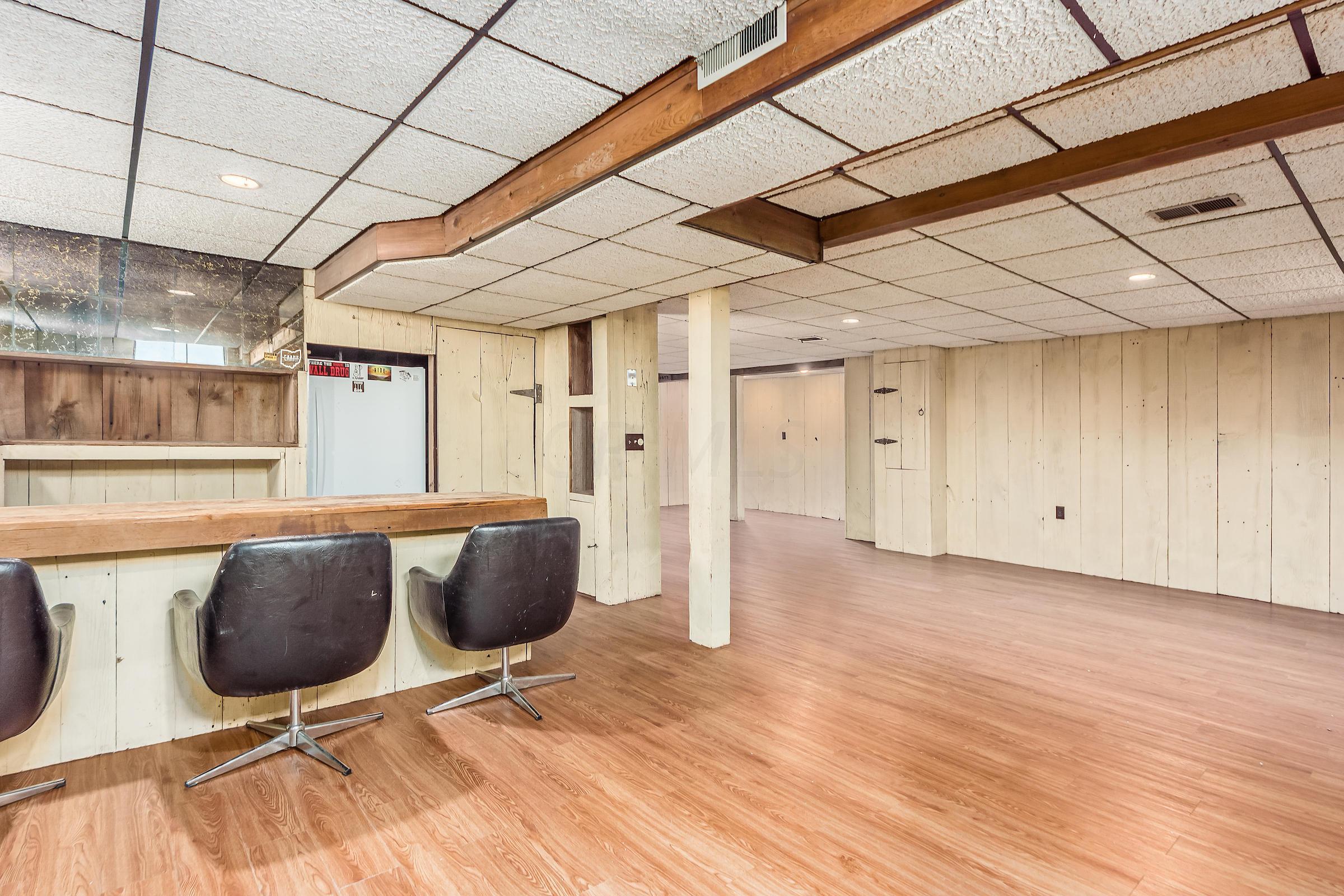 3711 Reed Road, Columbus, Ohio 43220, 5 Bedrooms Bedrooms, ,3 BathroomsBathrooms,Residential,For Sale,Reed,220025186