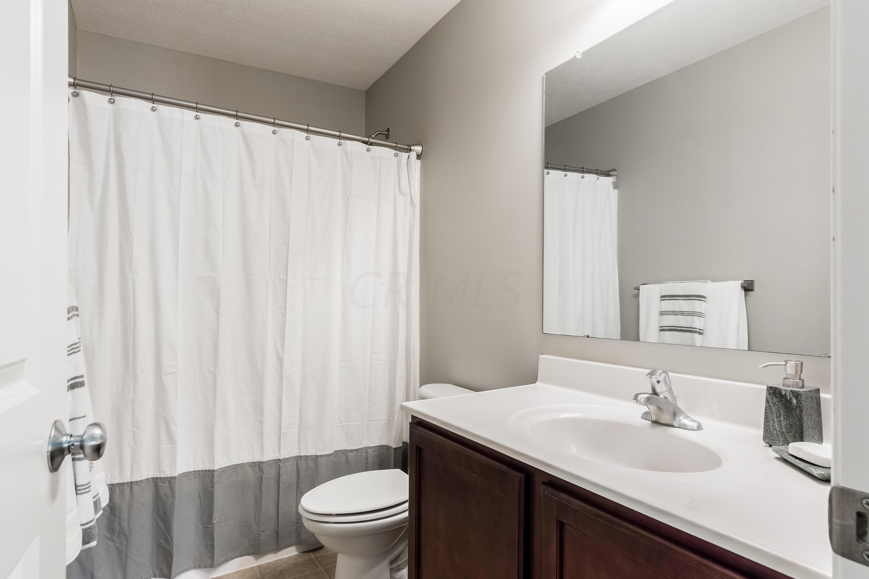 144 Winding Valley Drive, Delaware, Ohio 43015, 4 Bedrooms Bedrooms, ,3 BathroomsBathrooms,Residential,For Sale,Winding Valley,220025050