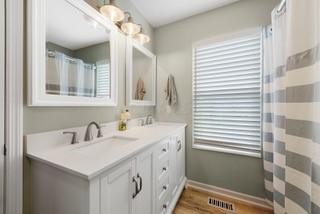 723 Lazelle Road, Westerville, Ohio 43081, 1 Bedroom Bedrooms, ,2 BathroomsBathrooms,Residential,For Sale,Lazelle,220025135