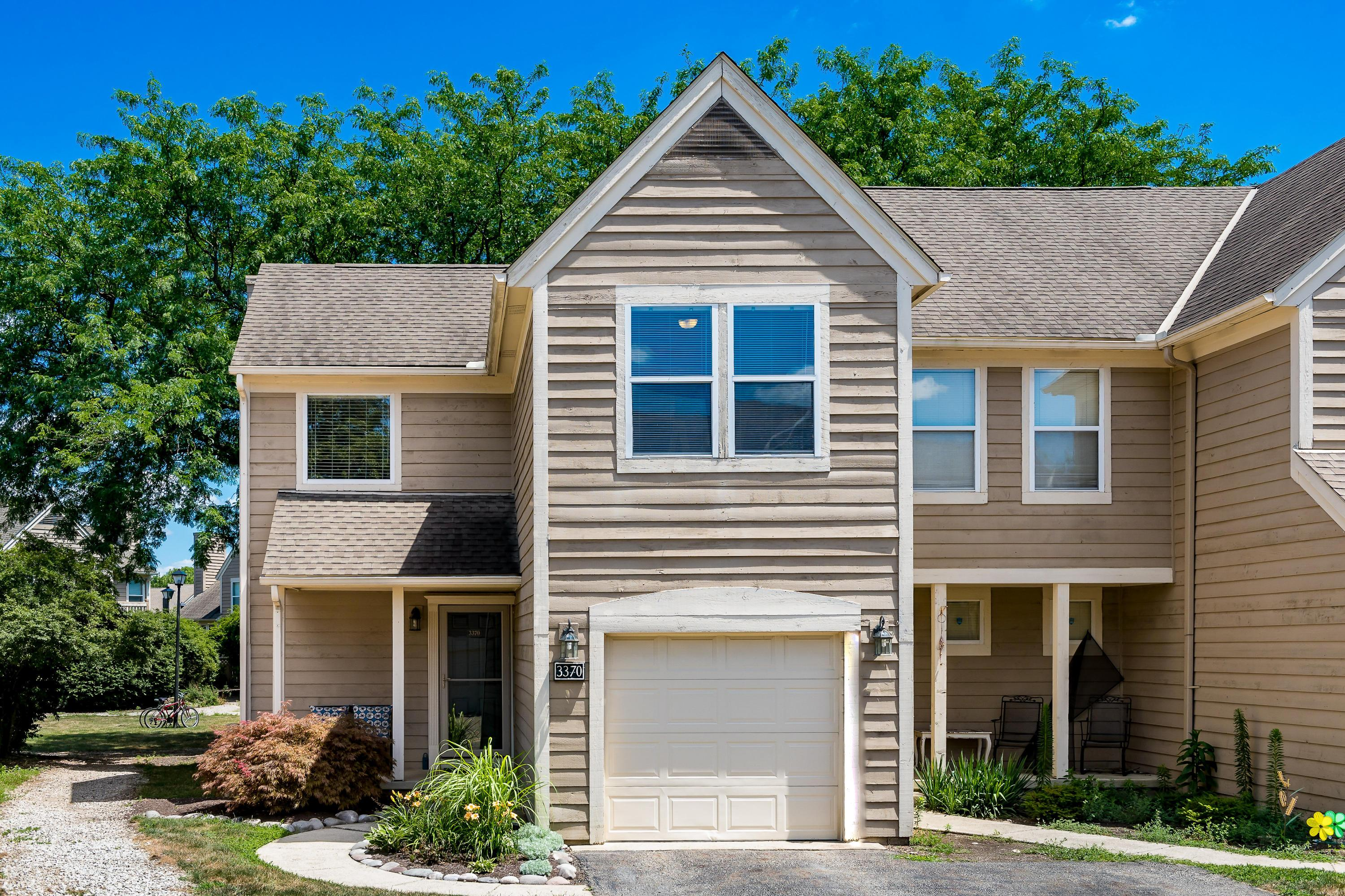 3370 Eastwoodlands Trail, Hilliard, Ohio 43026, 2 Bedrooms Bedrooms, ,3 BathroomsBathrooms,Residential,For Sale,Eastwoodlands,220025203