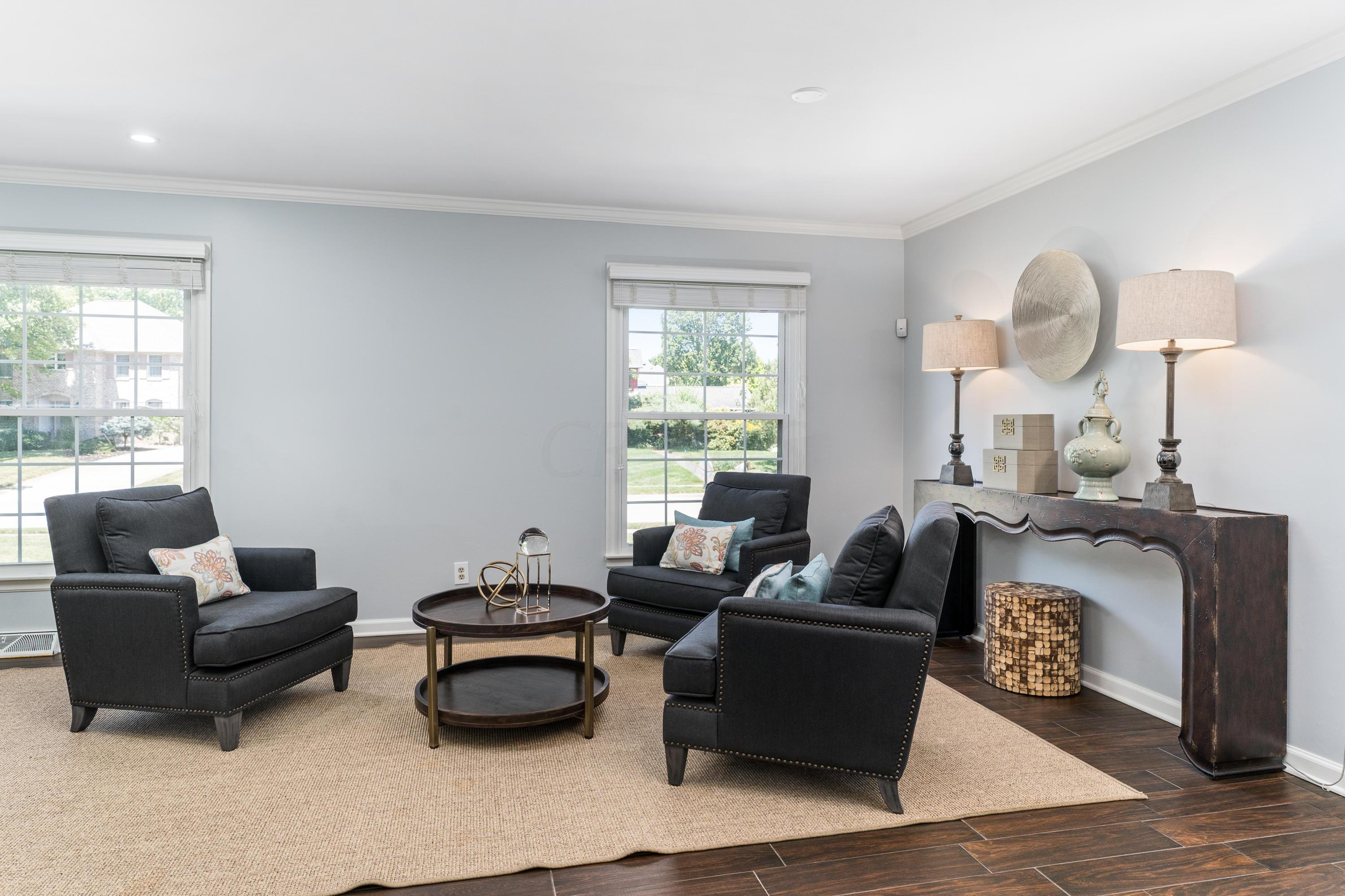 1225 Marlyn Drive, Upper Arlington, Ohio 43220, 4 Bedrooms Bedrooms, ,4 BathroomsBathrooms,Residential,For Sale,Marlyn,220025365