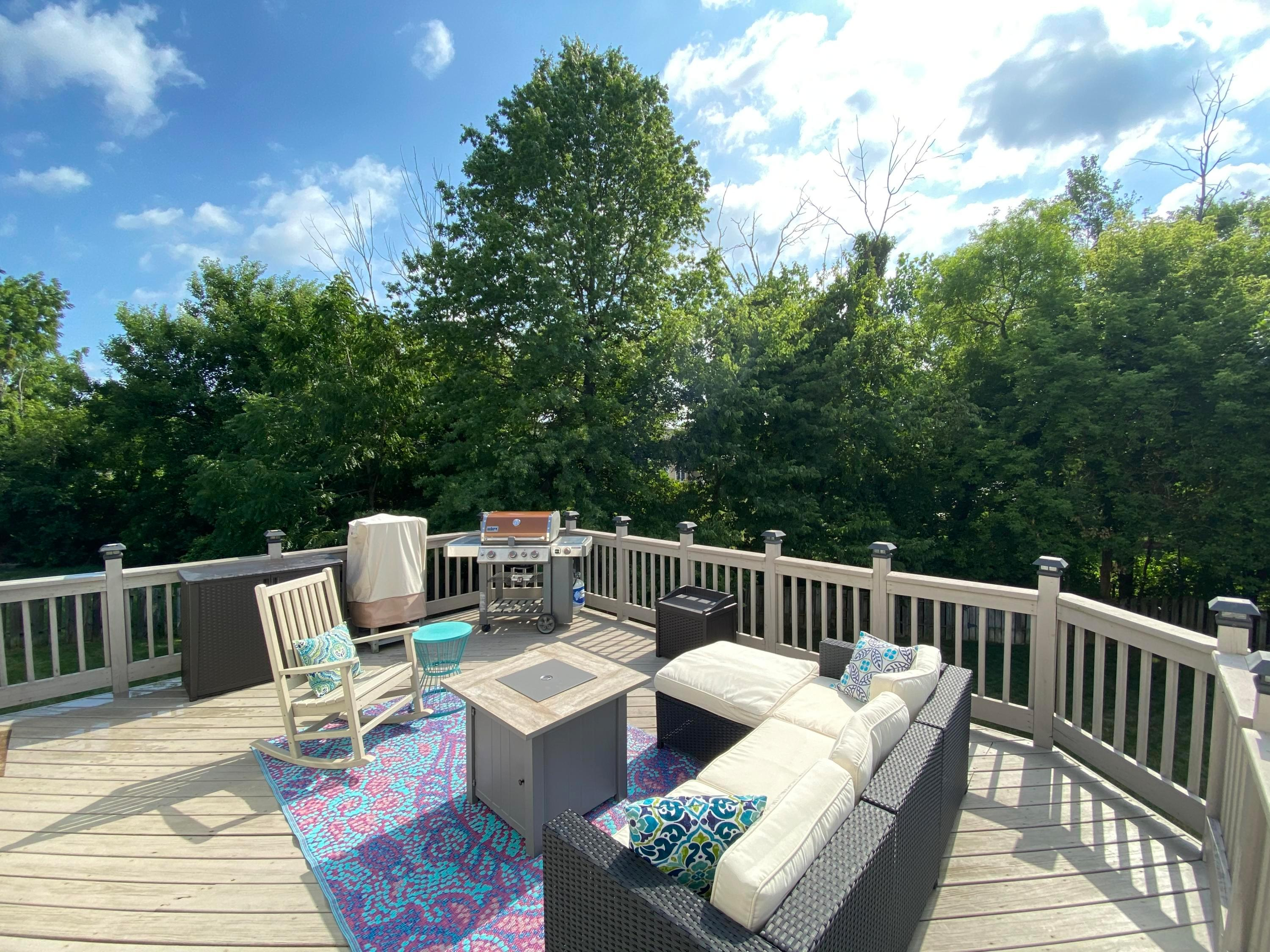 9230 Echo Hill Court, Columbus, Ohio 43240, 3 Bedrooms Bedrooms, ,3 BathroomsBathrooms,Residential,For Sale,Echo Hill,220025401
