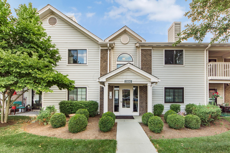 2300 Pinzon Place, Columbus, Ohio 43235, 2 Bedrooms Bedrooms, ,2 BathroomsBathrooms,Residential,For Sale,Pinzon,220025449