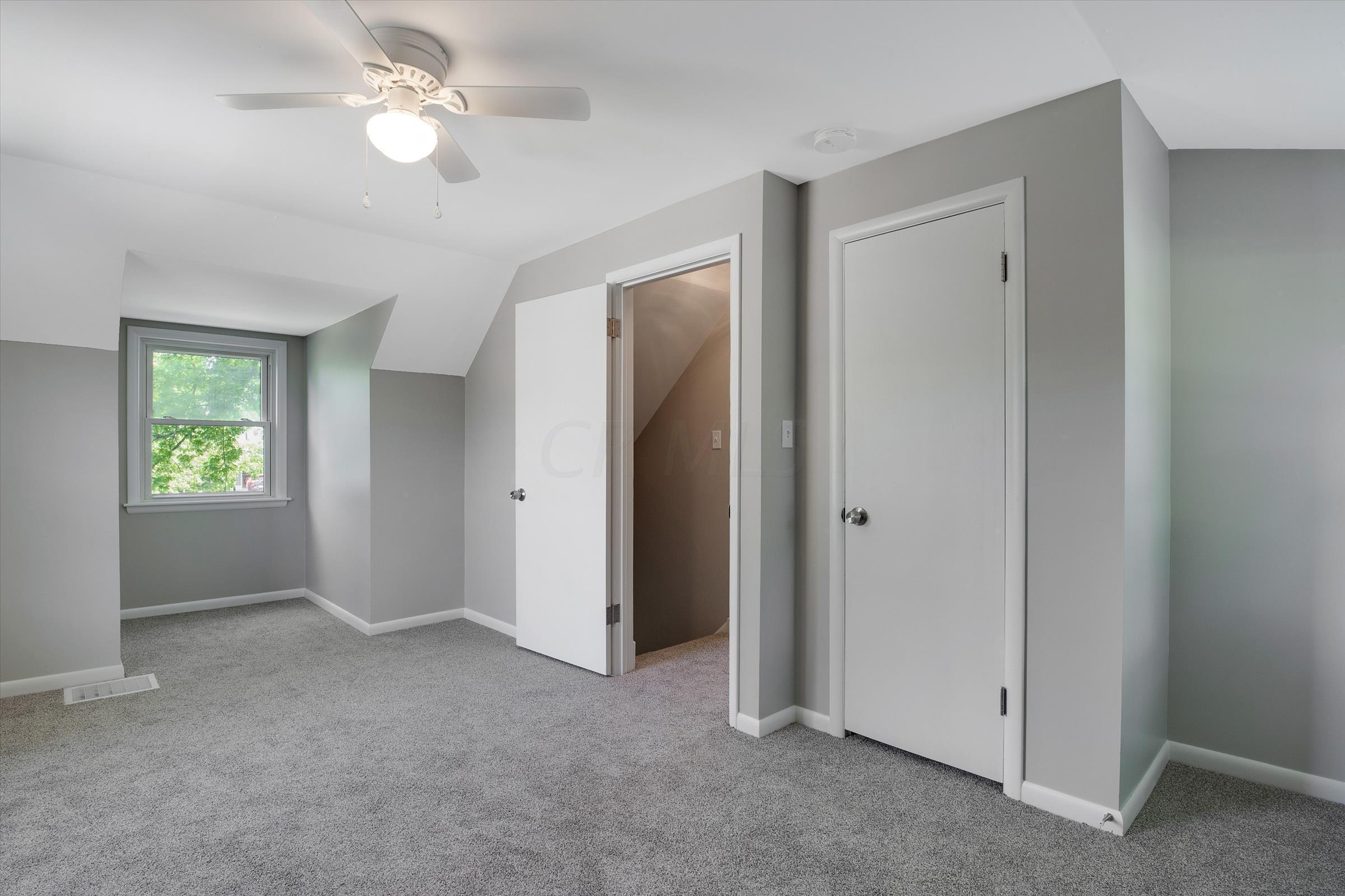 5701 Foster Avenue, Worthington, Ohio 43085, 3 Bedrooms Bedrooms, ,2 BathroomsBathrooms,Residential,For Sale,Foster,220025541
