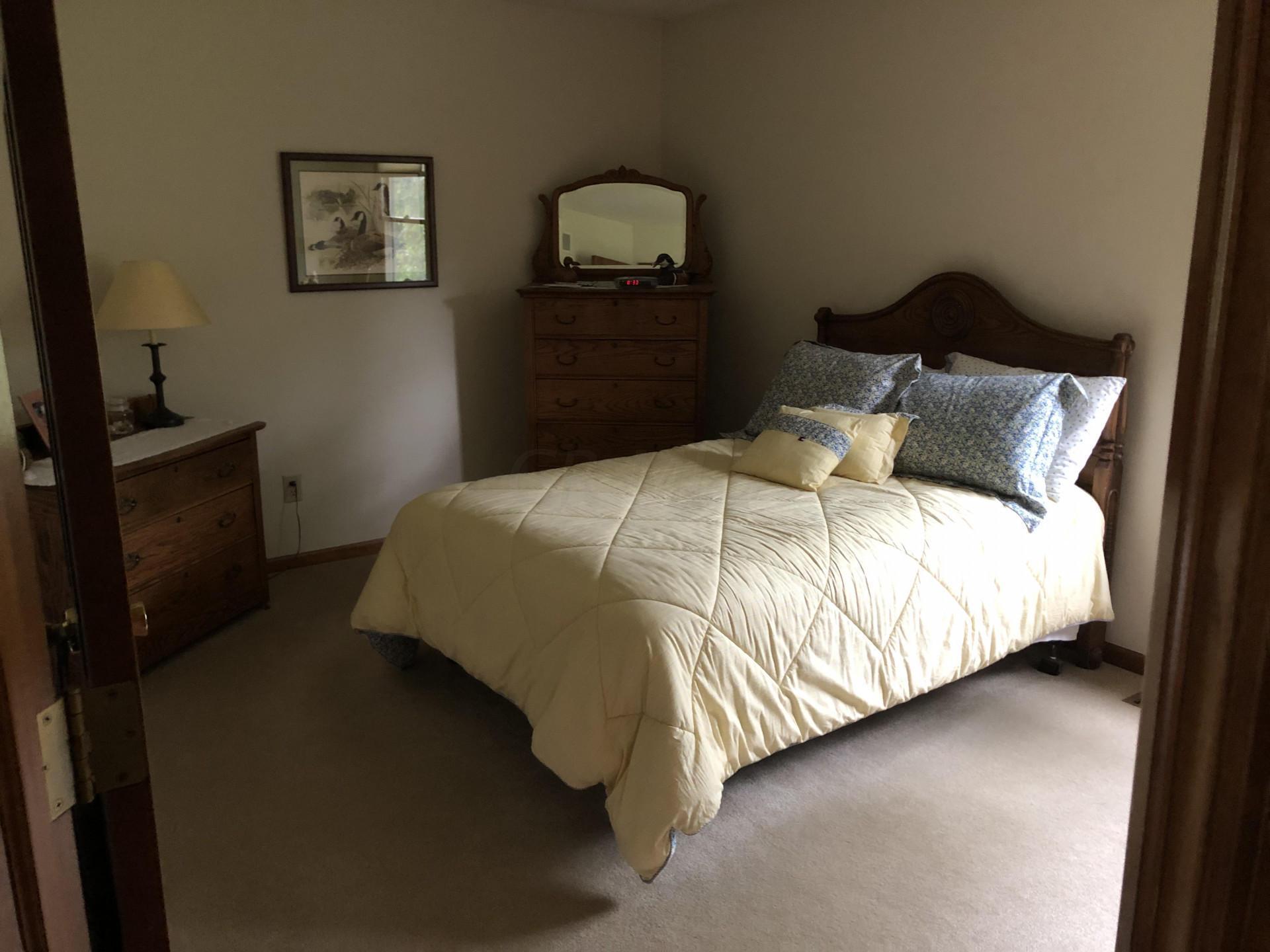 7667 Earlston Court, Dublin, Ohio 43017, 4 Bedrooms Bedrooms, ,3 BathroomsBathrooms,Residential,For Sale,Earlston,220025467