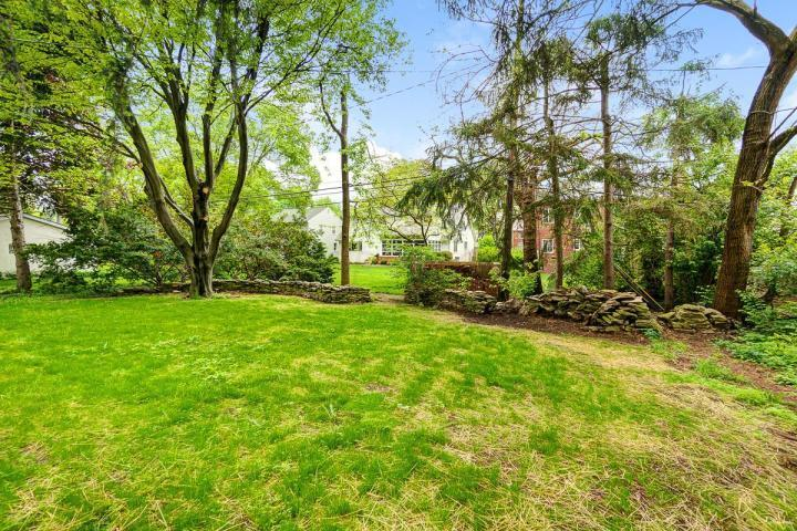 1762 Wyandotte Road, Upper Arlington, Ohio 43212, 4 Bedrooms Bedrooms, ,3 BathroomsBathrooms,Residential,For Sale,Wyandotte,220025601