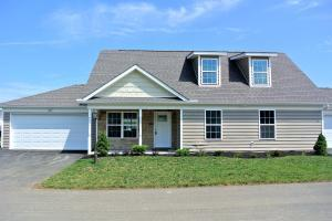 604 Cumberland Meadows Circle, Hebron, OH 43025