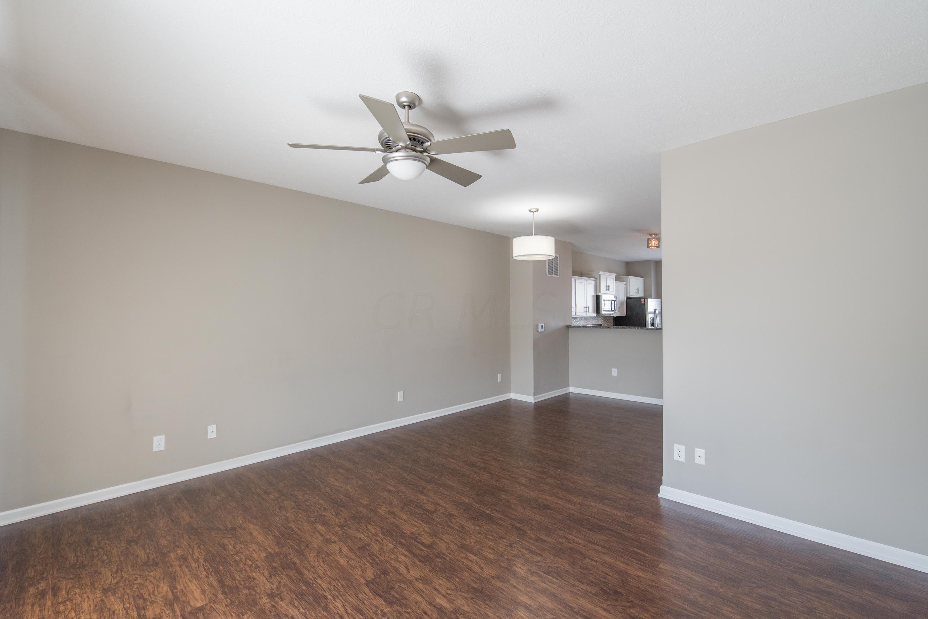 5727 Passage Creek Drive, Dublin, Ohio 43016, 2 Bedrooms Bedrooms, ,3 BathroomsBathrooms,Residential,For Sale,Passage Creek,220025690
