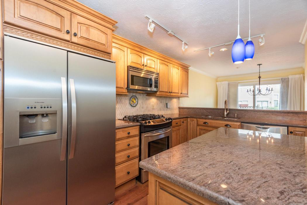 3396 Woods Mill Drive, Hilliard, Ohio 43026, 3 Bedrooms Bedrooms, ,3 BathroomsBathrooms,Residential,For Sale,Woods Mill,220025739