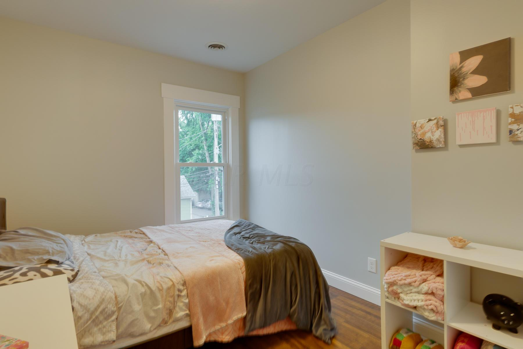 357 3rd Avenue, Columbus, Ohio 43201, 4 Bedrooms Bedrooms, ,3 BathroomsBathrooms,Residential,For Sale,3rd,220025769