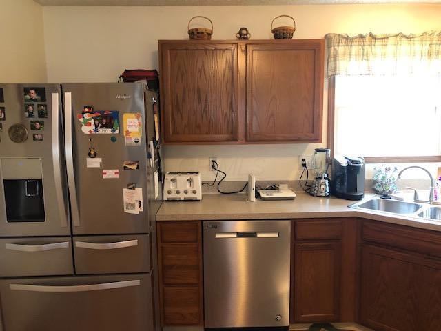 1340 Reserve Drive, Reynoldsburg, Ohio 43068, 3 Bedrooms Bedrooms, ,3 BathroomsBathrooms,Residential,For Sale,Reserve,220025818